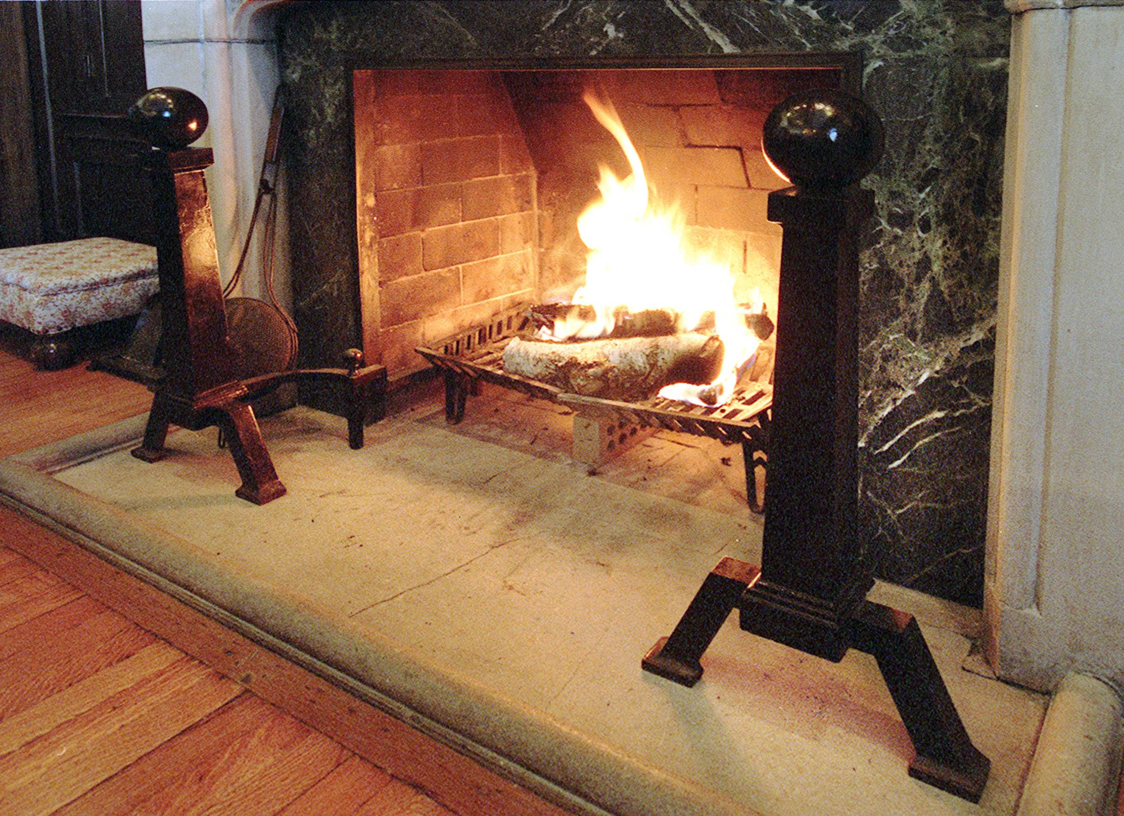 Cuddle up by a fire: Nasty, windy cold weather for Valentine's Day