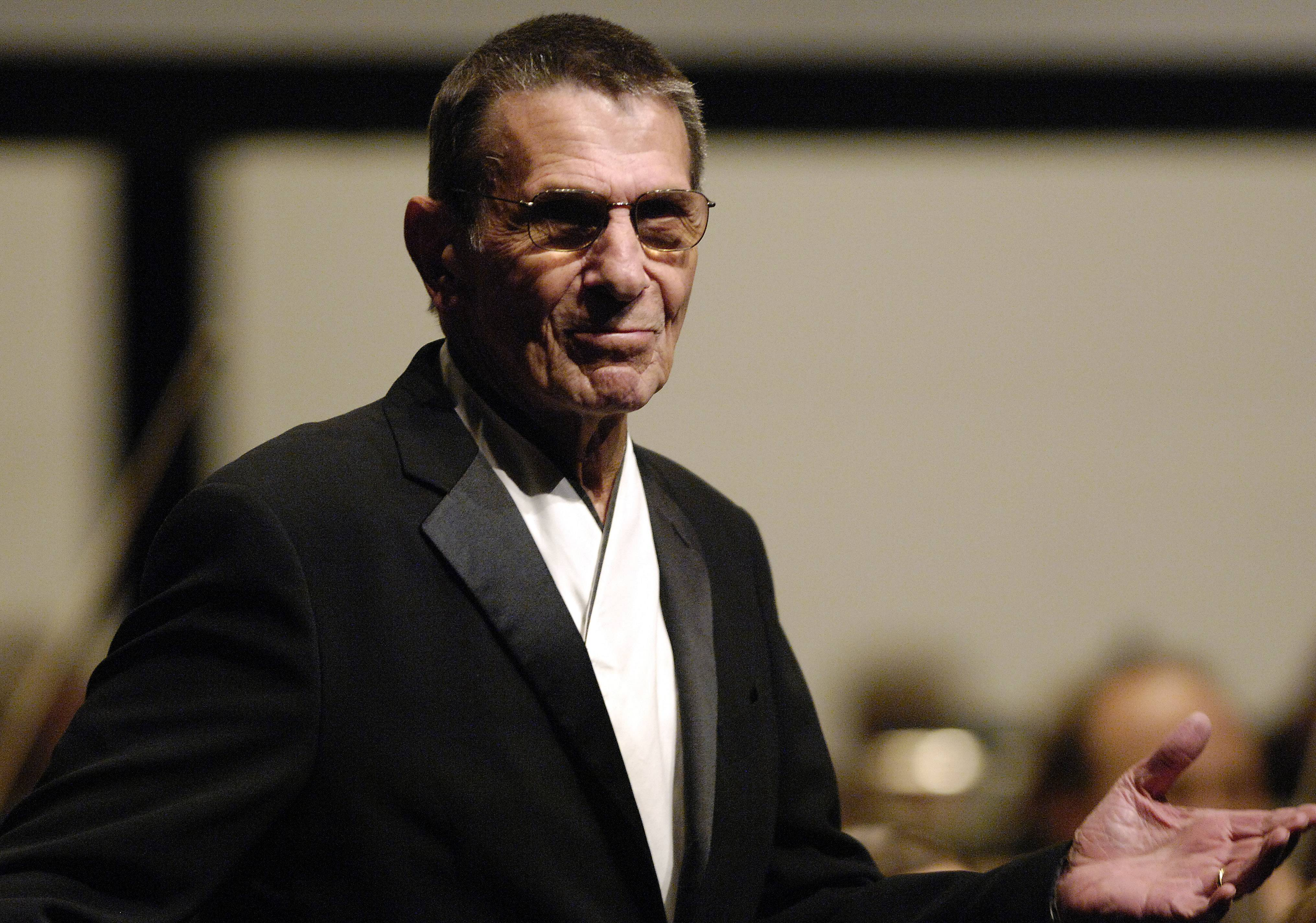 Leonard Nimoy was the special guest at the Elgin Symphony Orchestra's season opening gala in 2008.