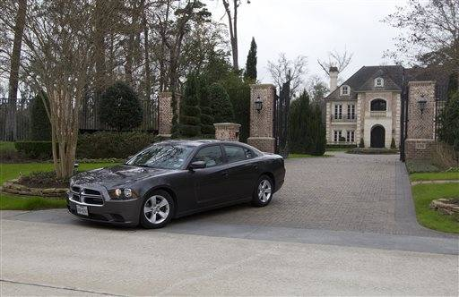 Adrian peterson home pictures.