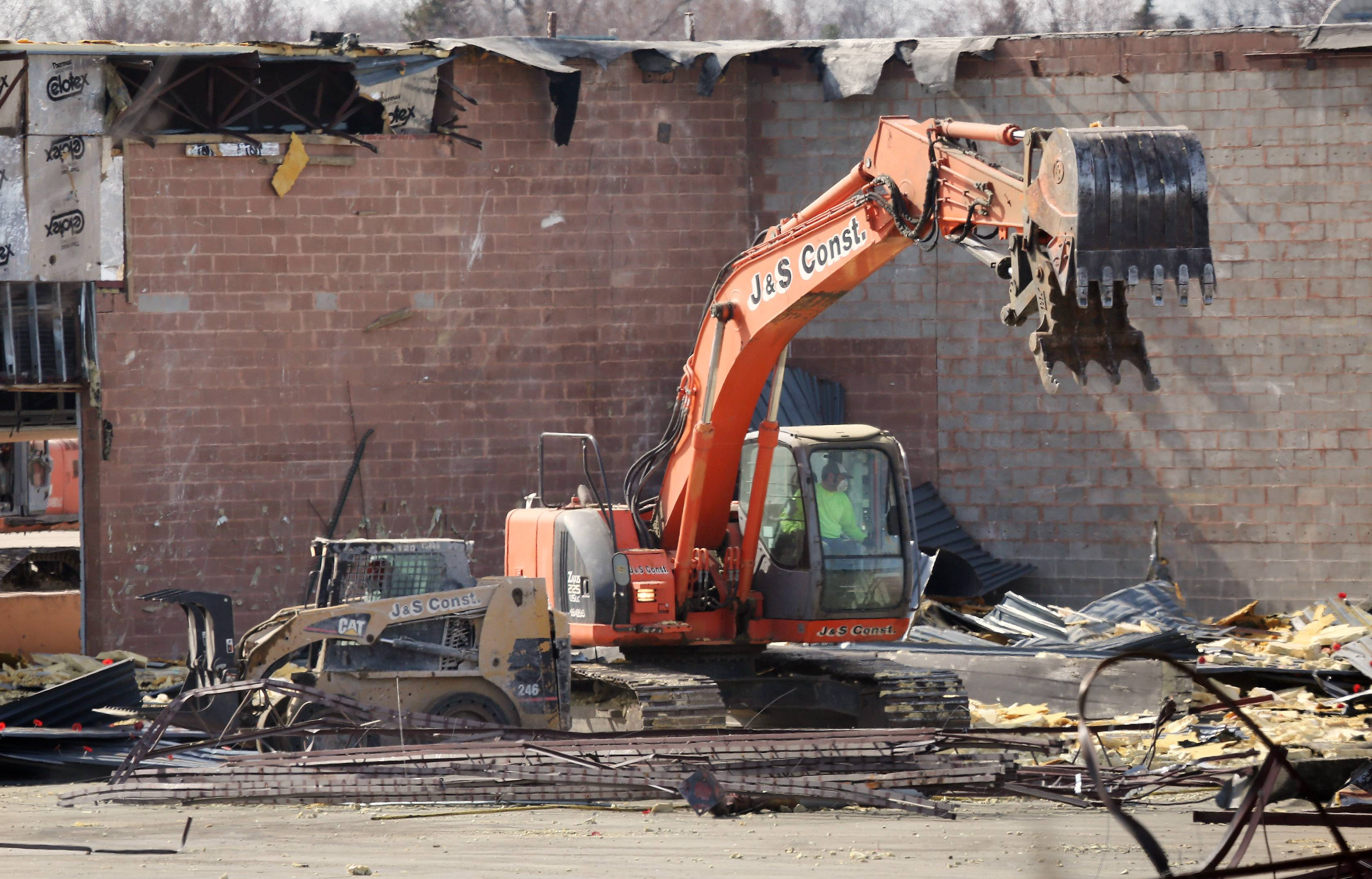 Demolition clears way for Meijer in Round Lake Beach shopping center
