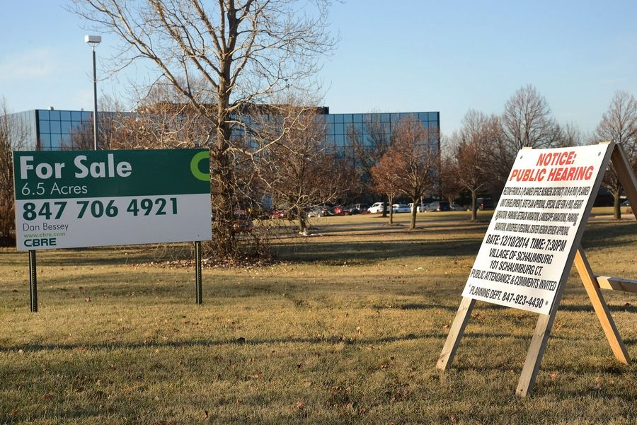 A 6.5-acre site at 680 E. Algonquin Road in Schaumburg for a proposed 192-unit apartment complex.