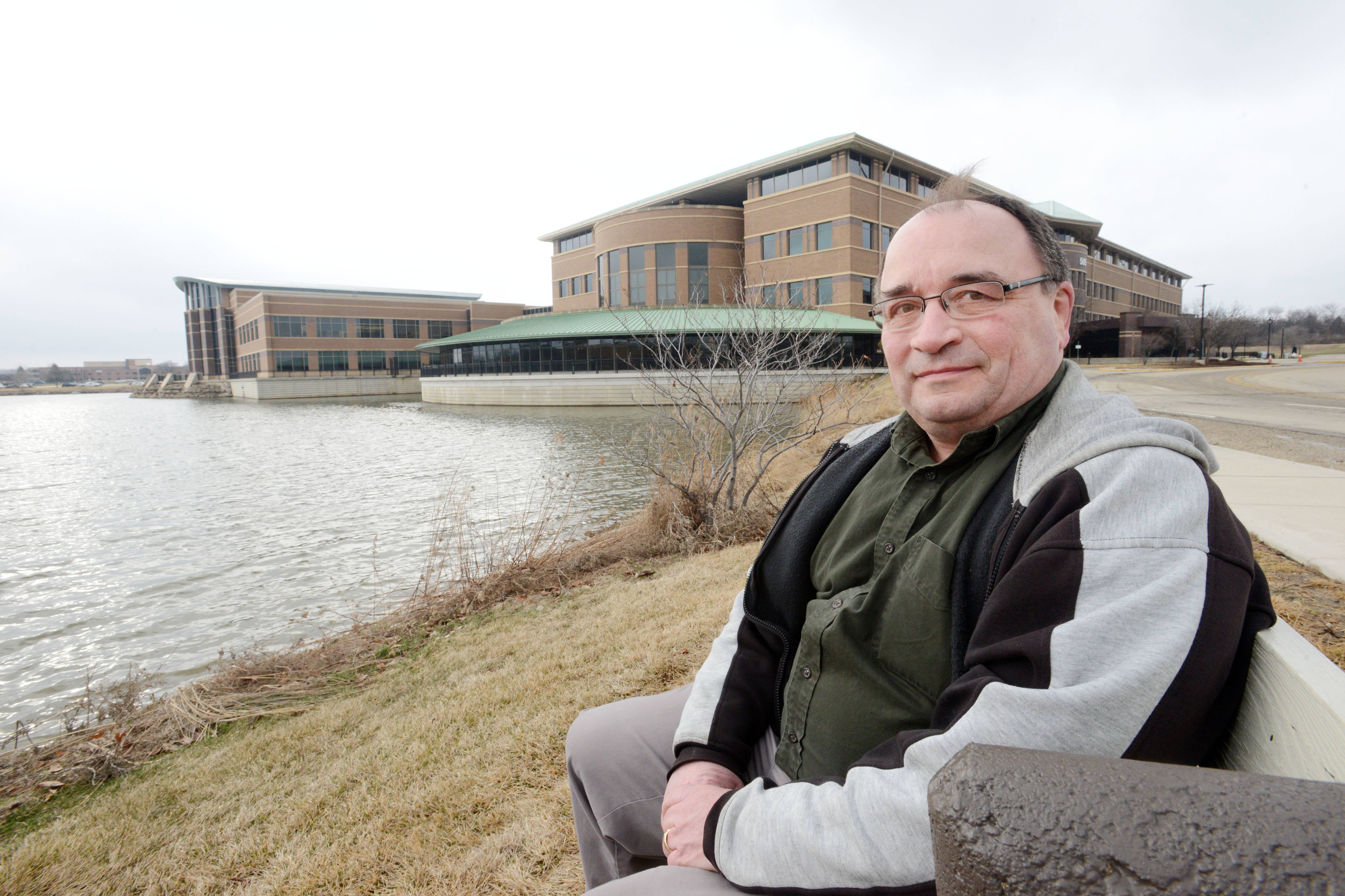 Dan Laird of North Aurora got a speeding ticket in 2004, paid $75 by mail and went on with his life. Then, two weeks ago, he discovered the incident really wasn't behind him after all.
