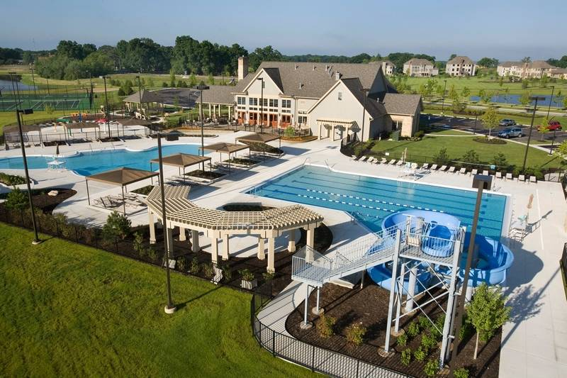 Residents Of Highland Woods A Lifestyle Community In Elgin Have Access To The Exclusive
