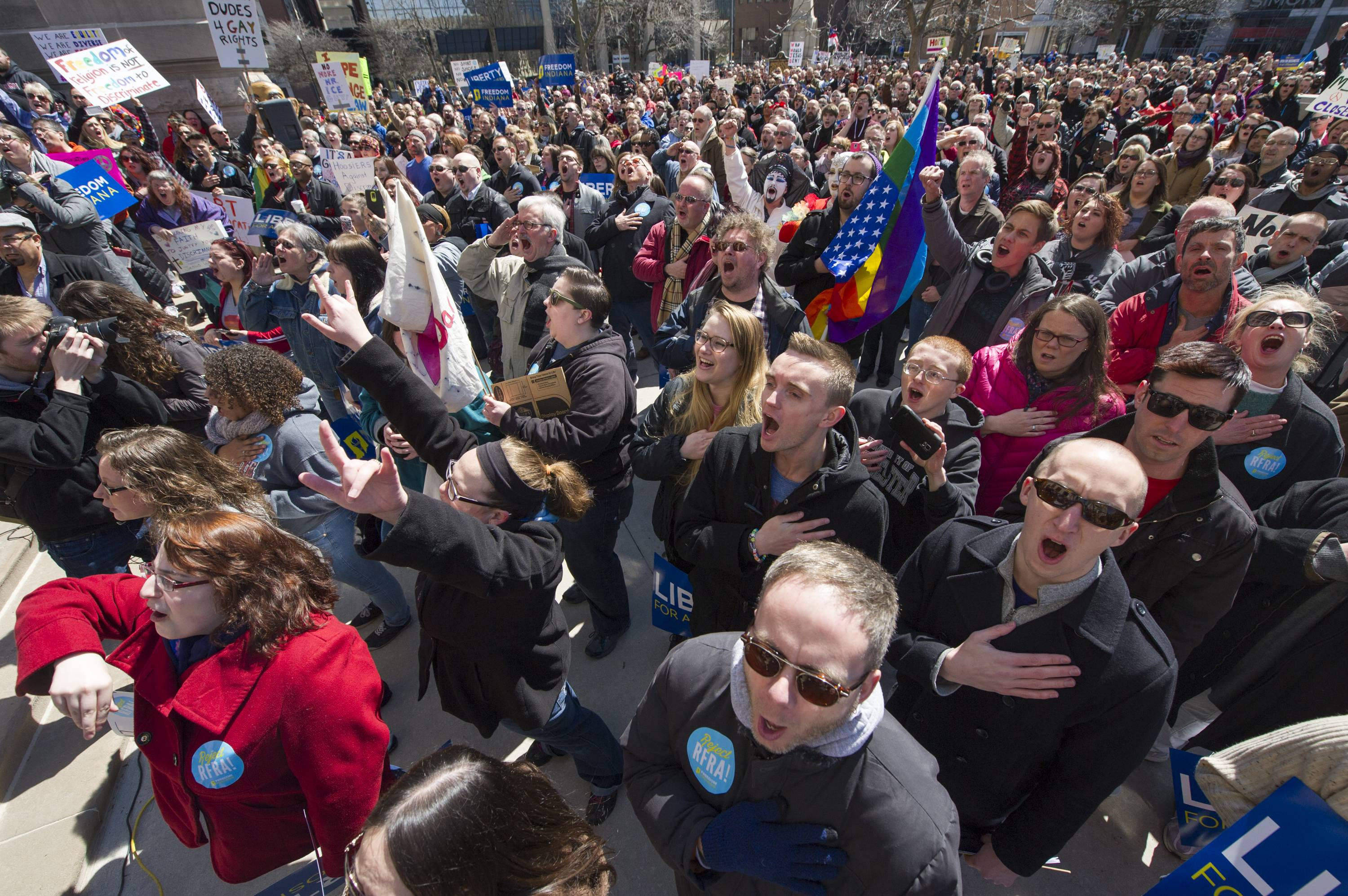 Hundreds rally against Indiana religion law