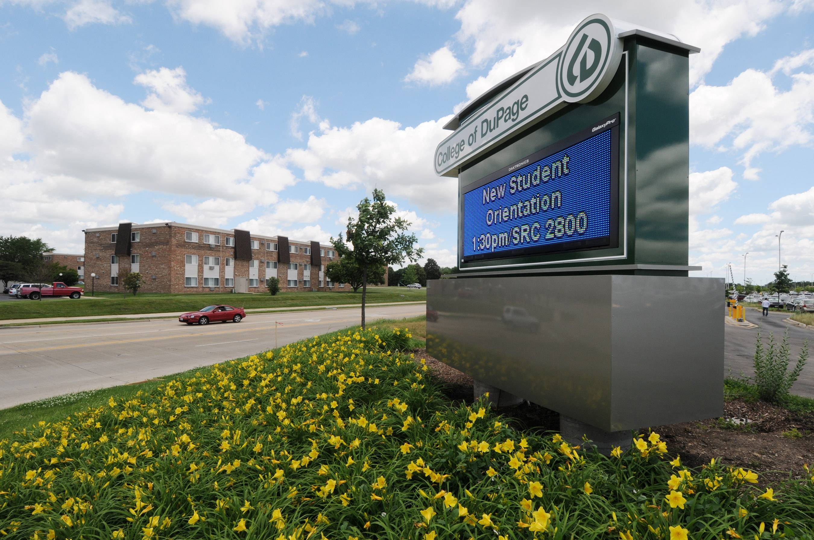 DuPage County prosecutors probing College of DuPage, charges appear unlikely