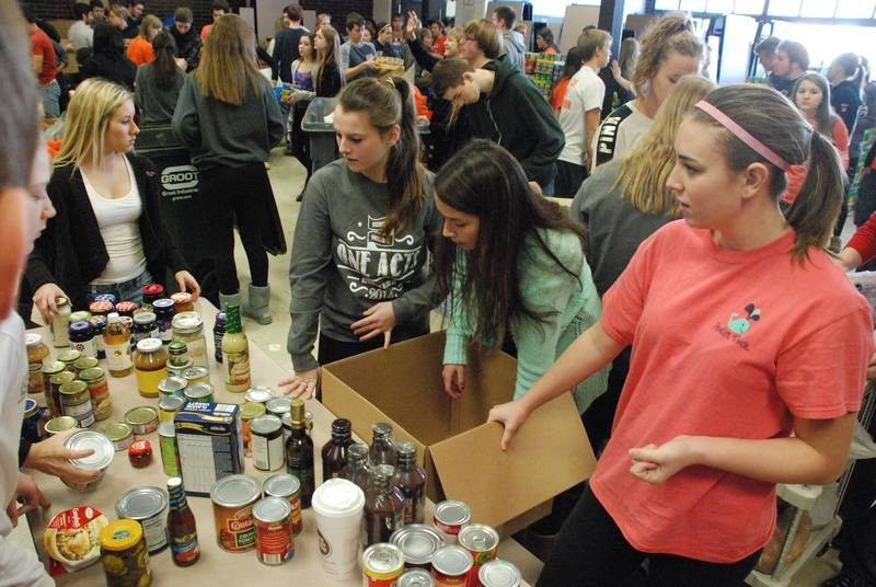 214 100 the hersey service over self food drive