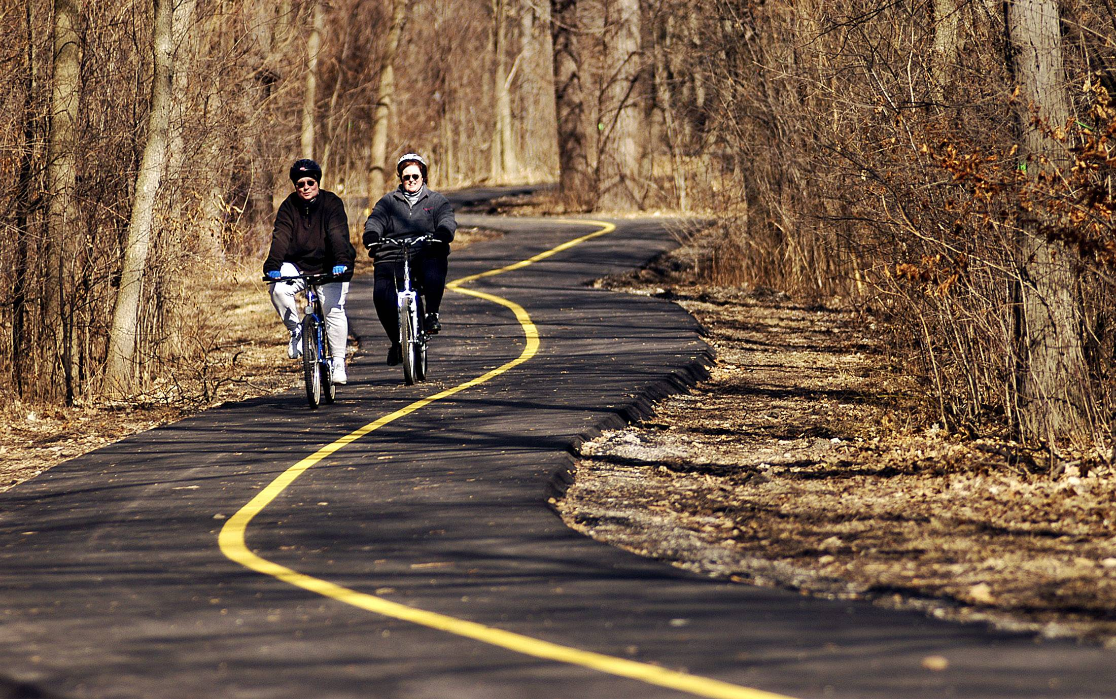 Top trails and roads to ride your bike in the suburbs