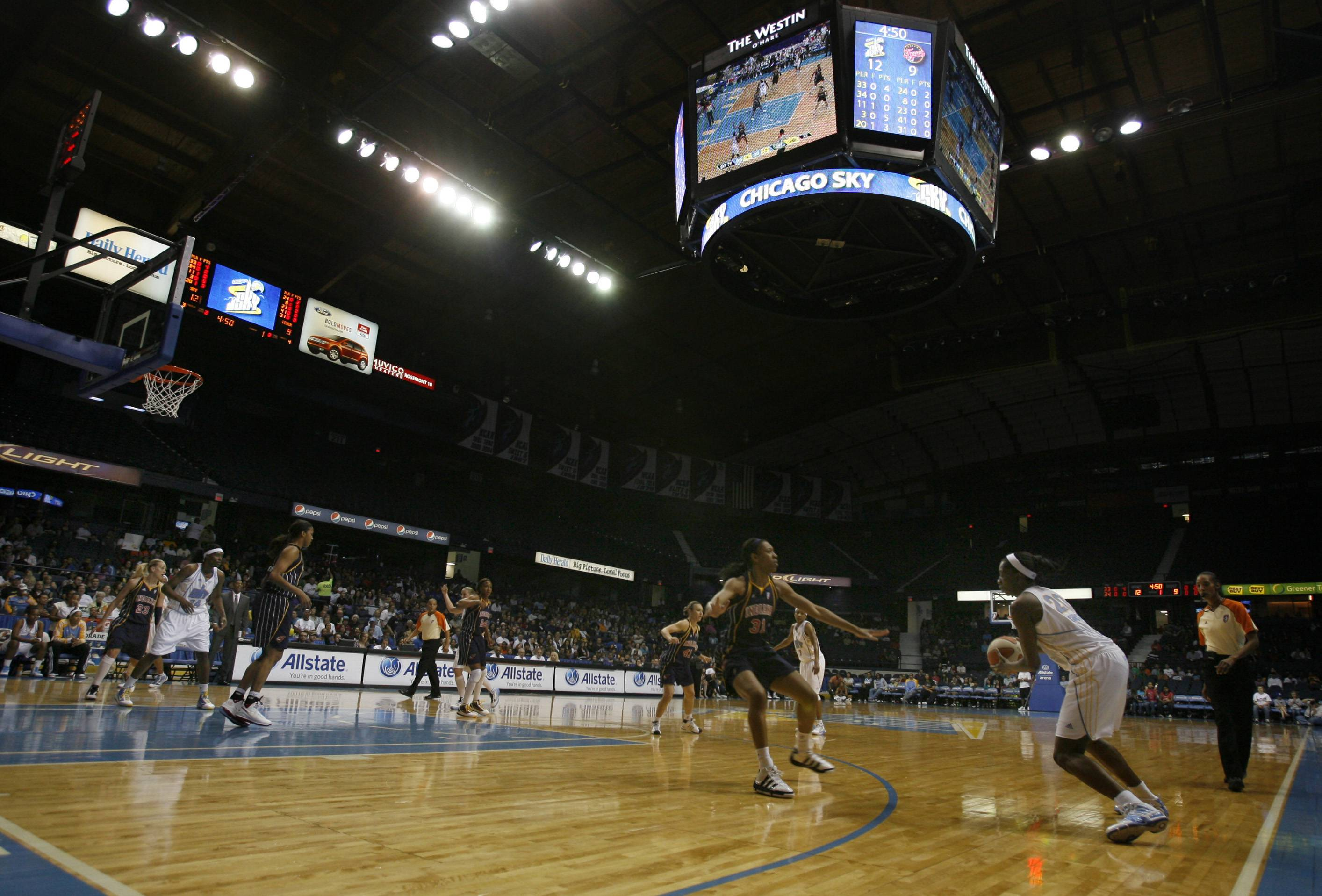 Chicago Sky will play in Rosemont for 3 more years