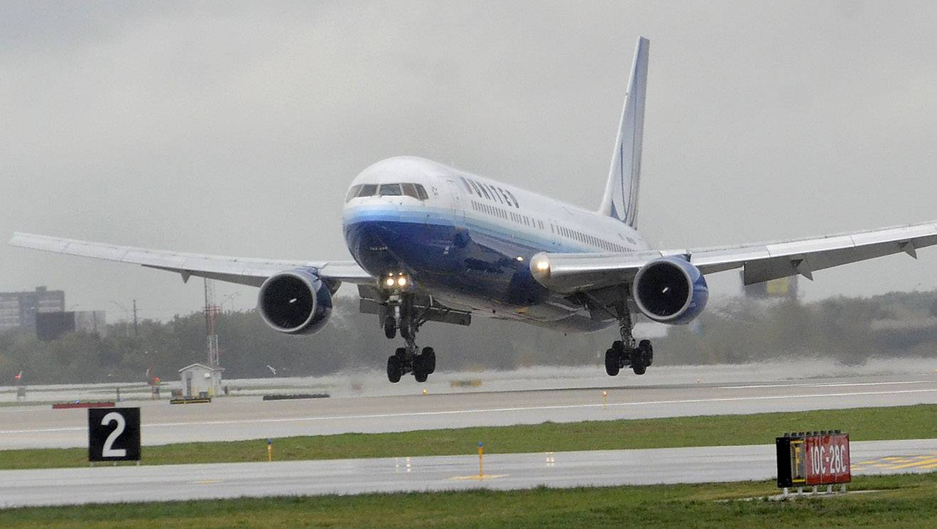 State Senate tries to save O'Hare's diagonal runways to combat noise