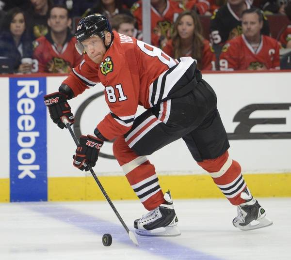 Chicago Blackhawks Right Wing Marian Hossa Pushes Up The Ice Against Nashville Predators Sunday In