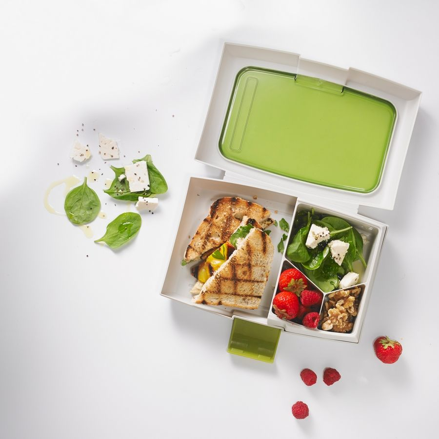 The Fuel line of lunch accessories makes it easy to pack a waste-free meal.