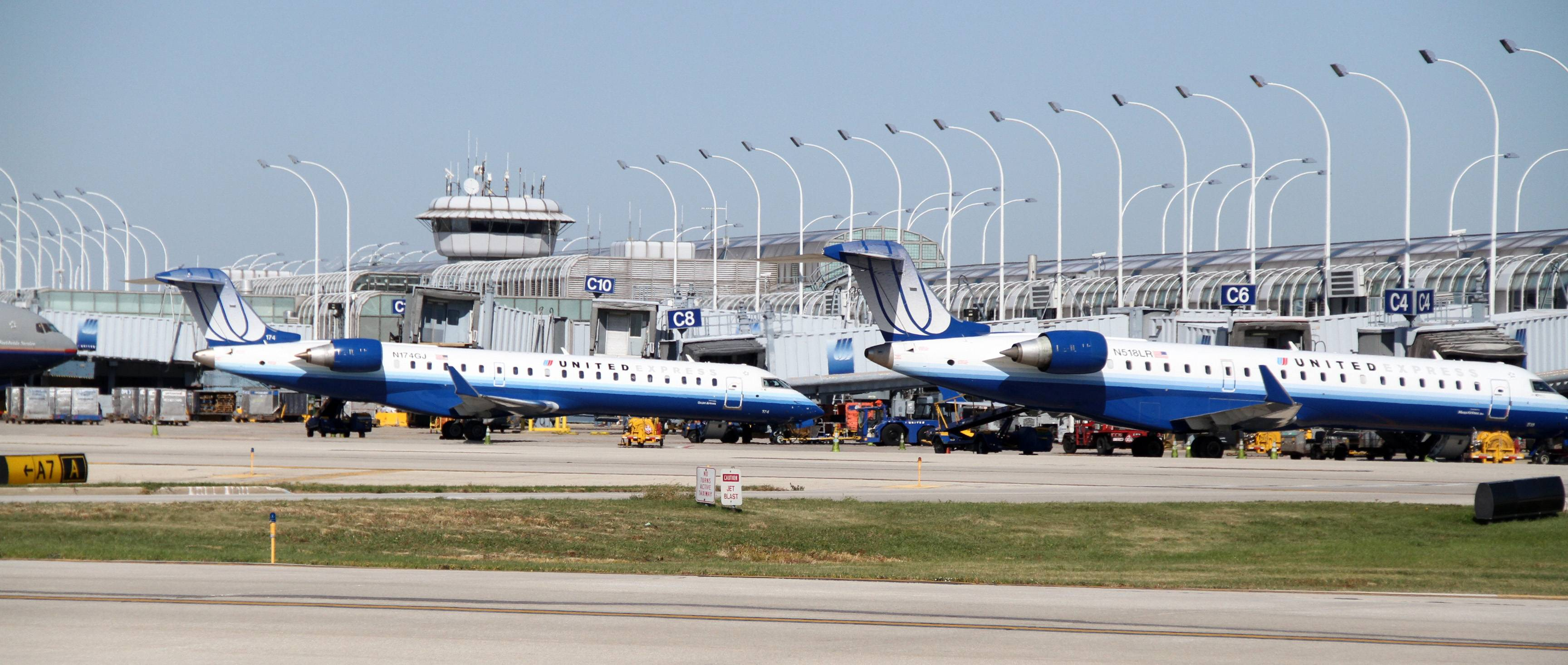 O'Hare International Airport will get another new east-west runway late this year.