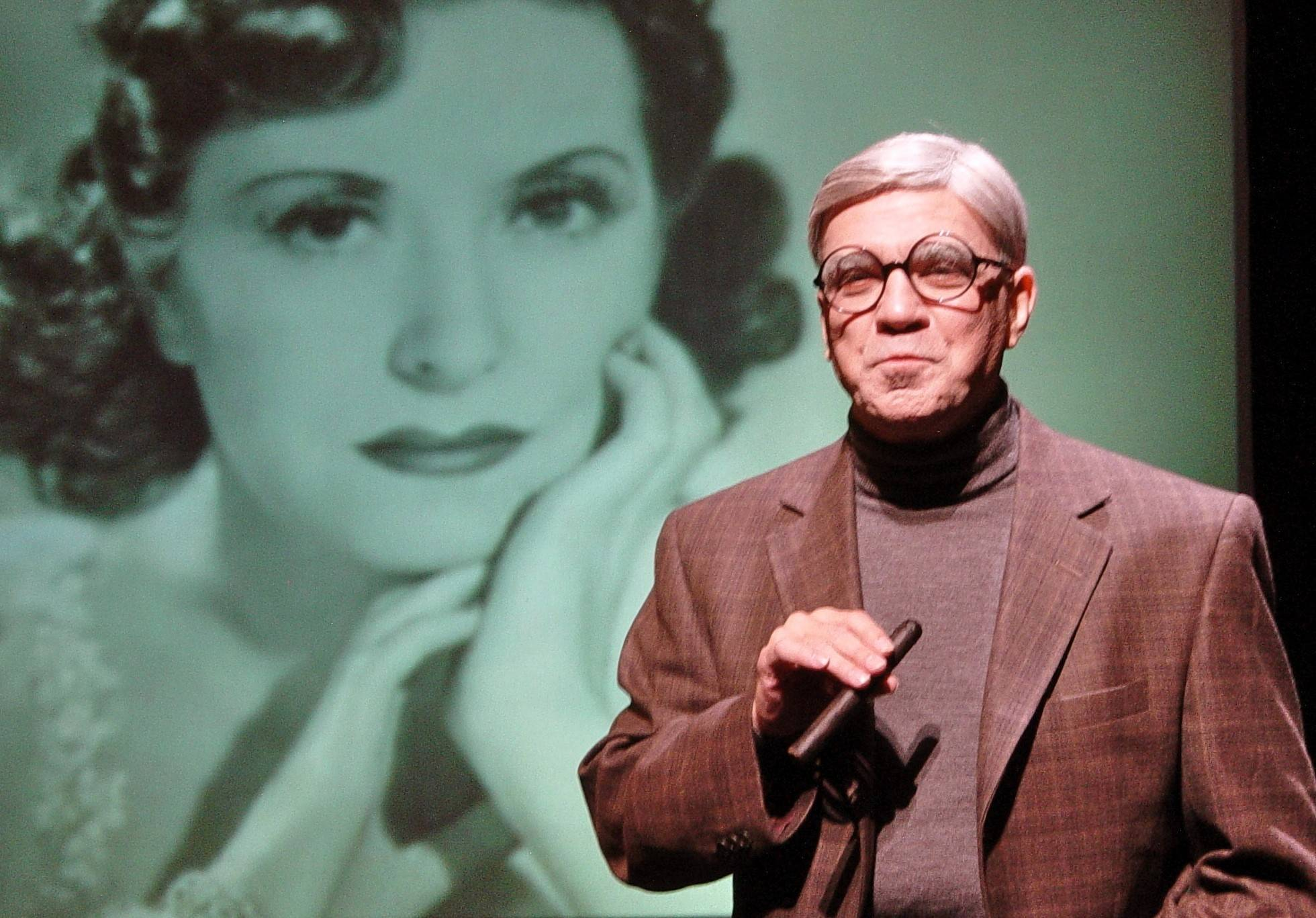 "Alan Safier stars as George Burns in ""Say Goodnight Gracie"" at Waukegan's Genesee Theatre Saturday."