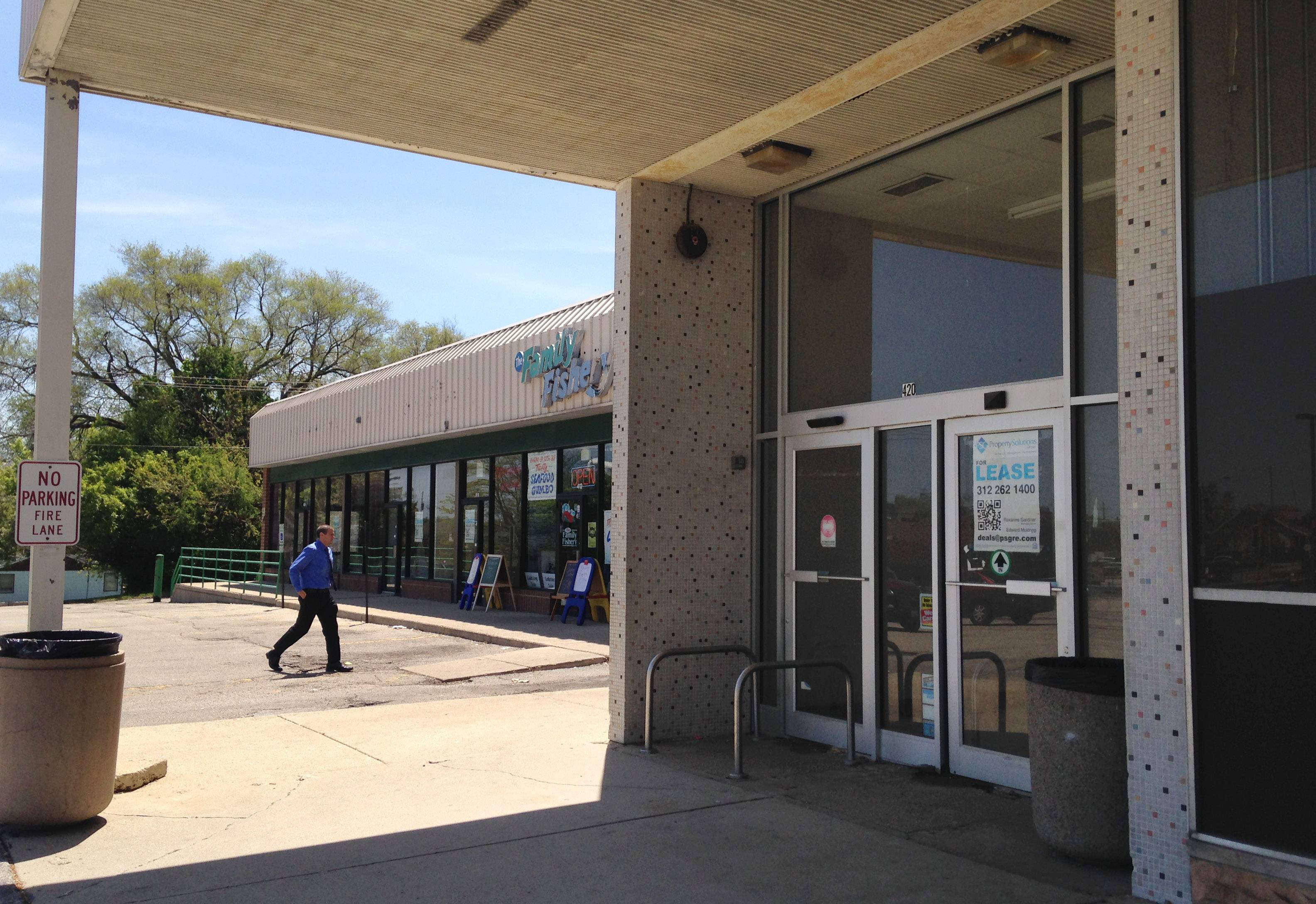 Mundelein's Hawley Lake Plaza could be headed for redevelopment