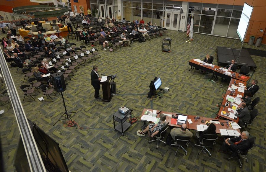 The number of people attending the College of DuPage board of trustees special meeting Thursday dwarfed recent past meetings.