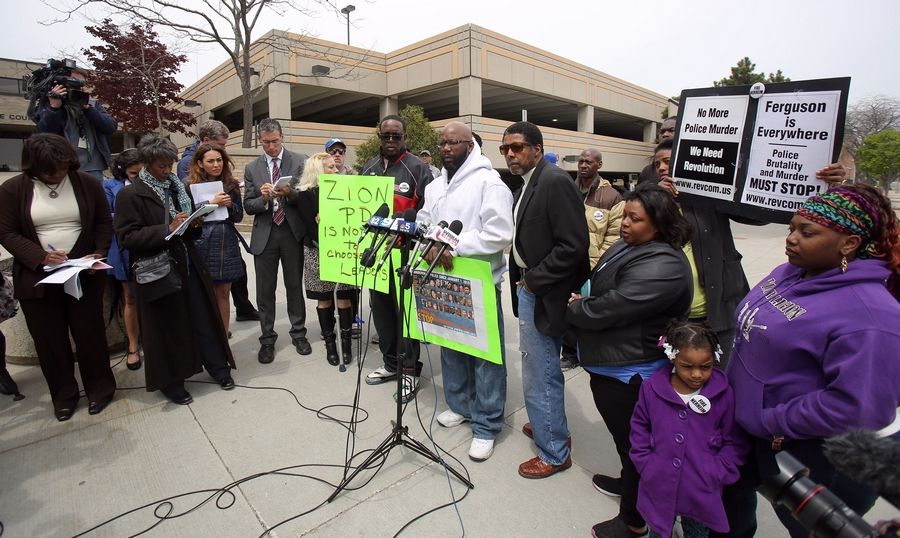 Derell Howell of Zion, uncle of Justus Howell, speaks out against the findings of Lake County State's Attorney Mike Nerheim clearing a Zion police officer in the teenager's fatal shooting.