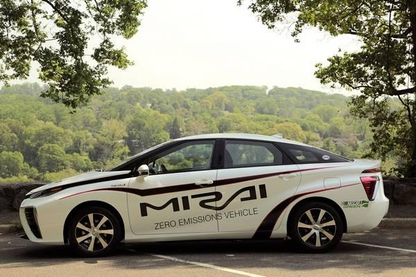 We test-drove the Toyota\'s Mirai, the car that Elon Musk hates