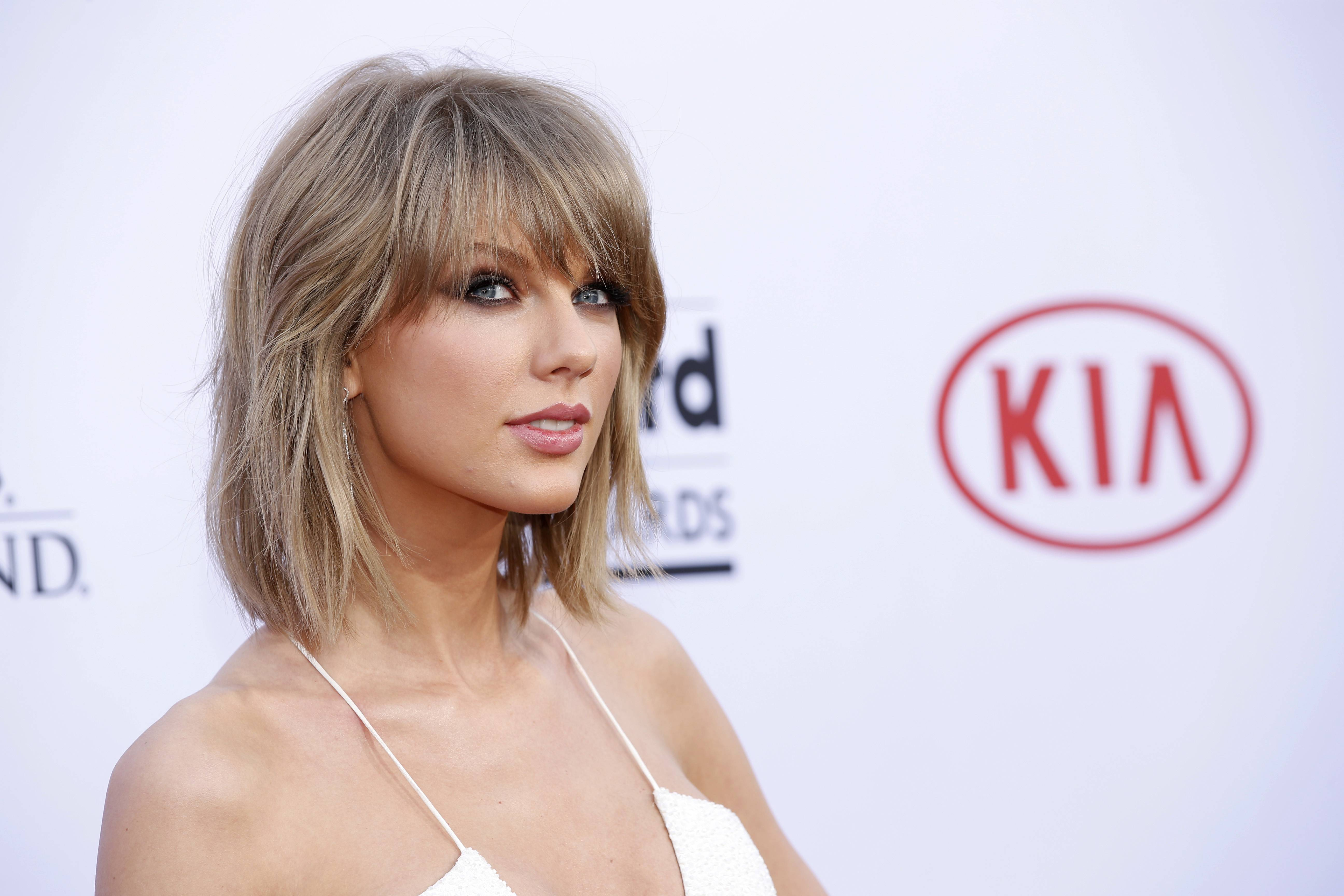 Taylor Swift arrives at the Billboard Music Awards at the MGM Grand Garden Arena on Sunday in Las Vegas.