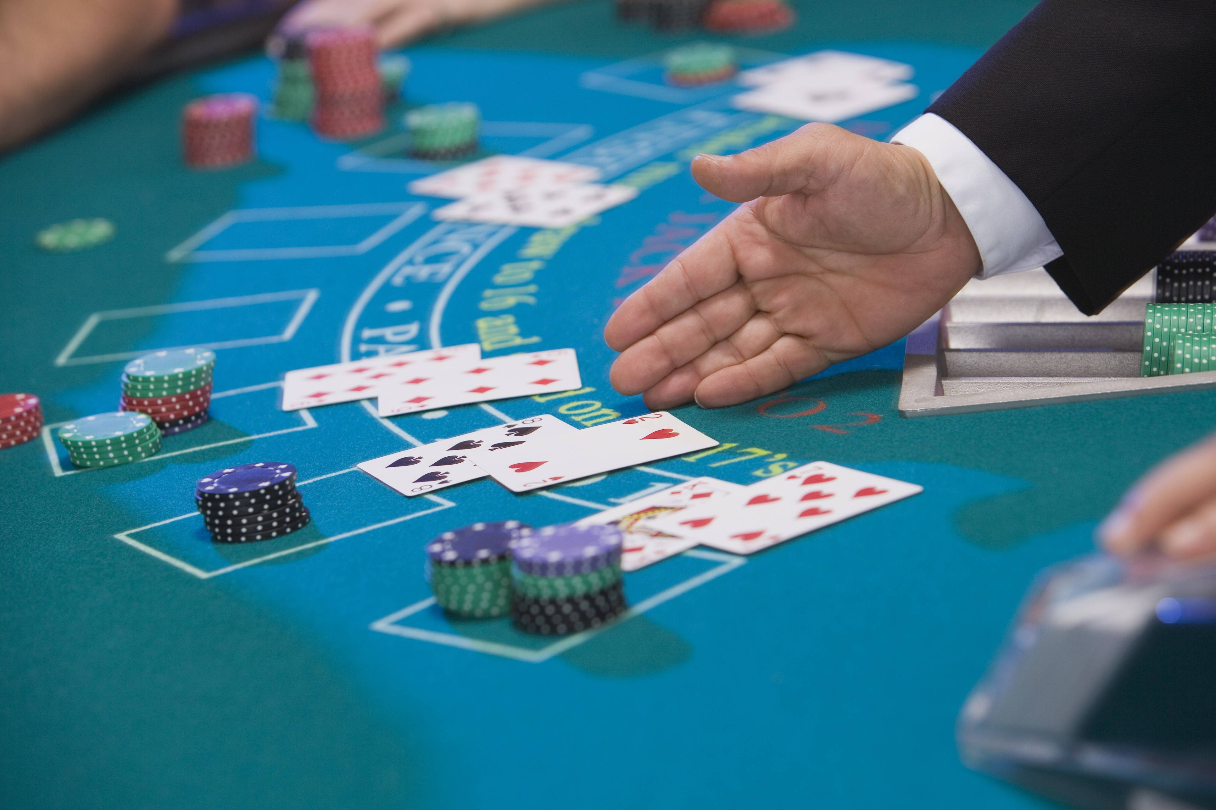 Arlington Park officials want to add table games like blackjack, in addition to slot machines.