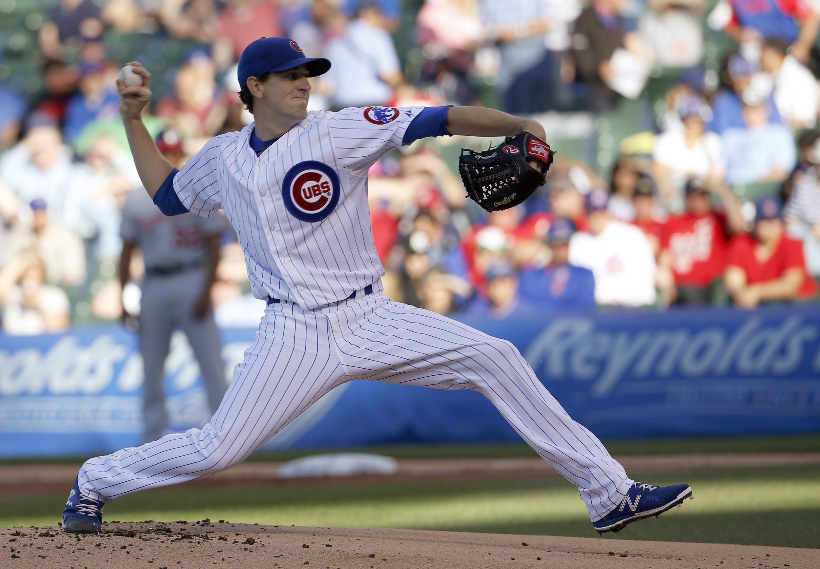 Chicago Cubs starting pitcher Kyle Hendricks delivers during the first inning of a baseball game against the Washington Nationals on Tuesday, May 26, 2015, in Chicago.