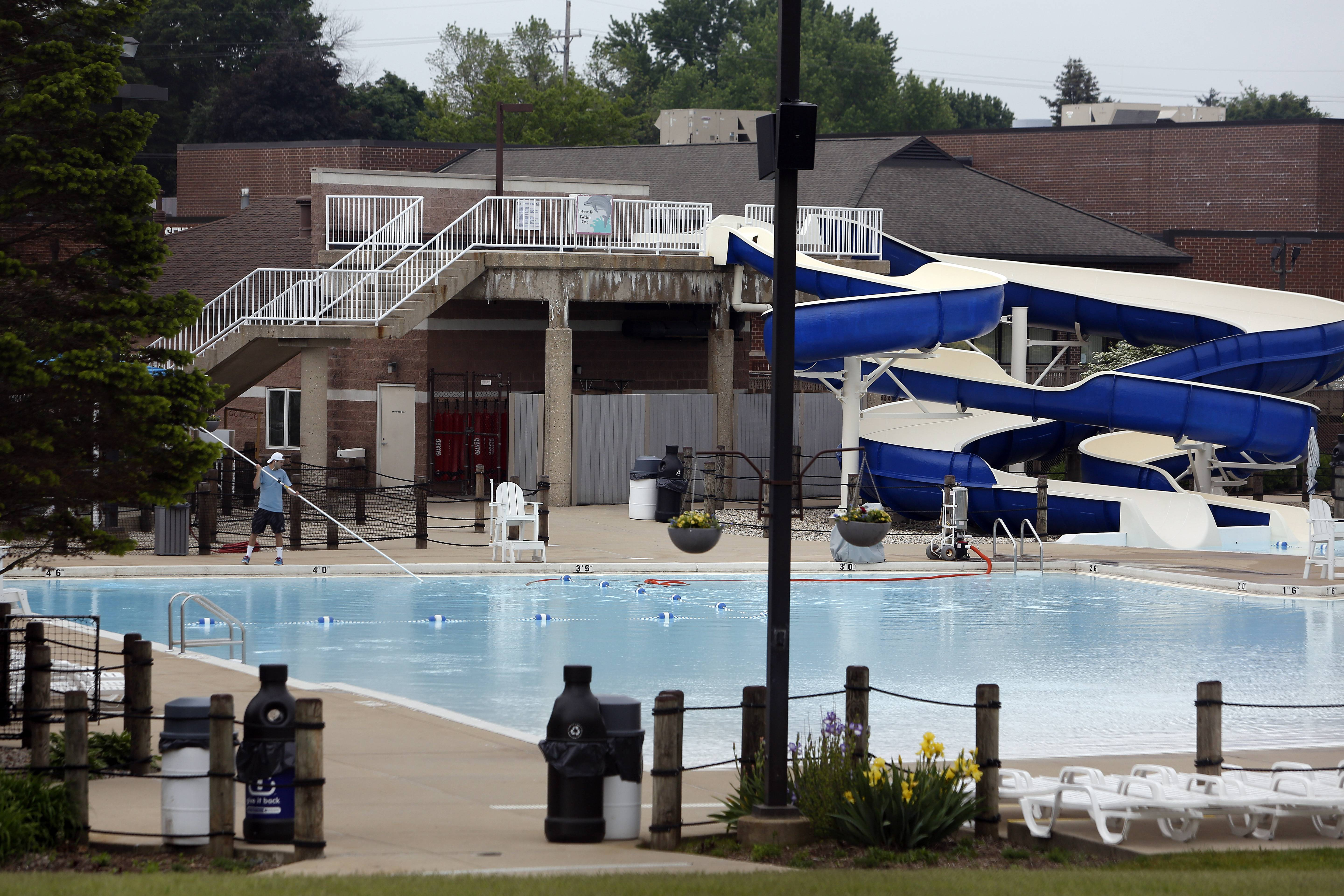 Despite attractive amenities like water slides and sand pits, Dolphin Cove Family Aquatics Center of the Dundee Township Park District in Carpentersville won't turn a profit this summer, officials said.