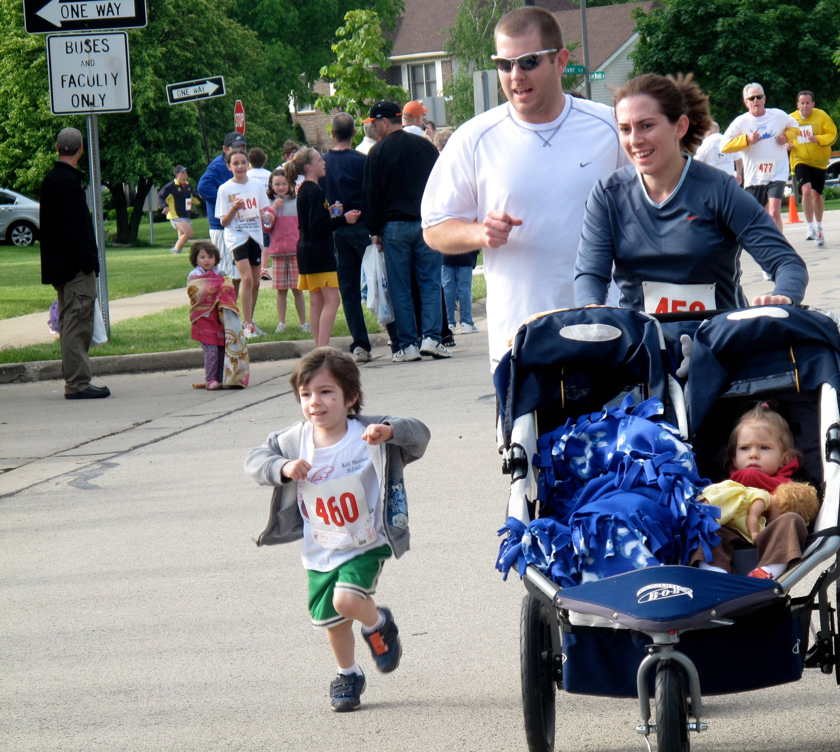 Naperville literacy run enters 14th year