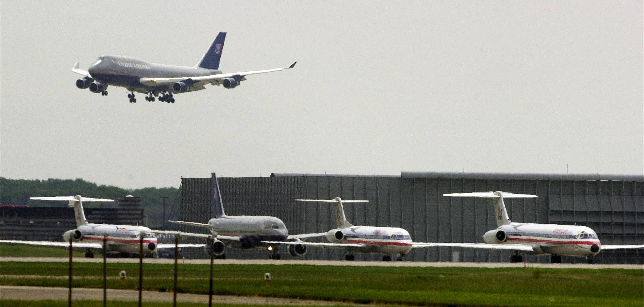 O'Hare airpot jet noise foes get 'victory' in runway fight