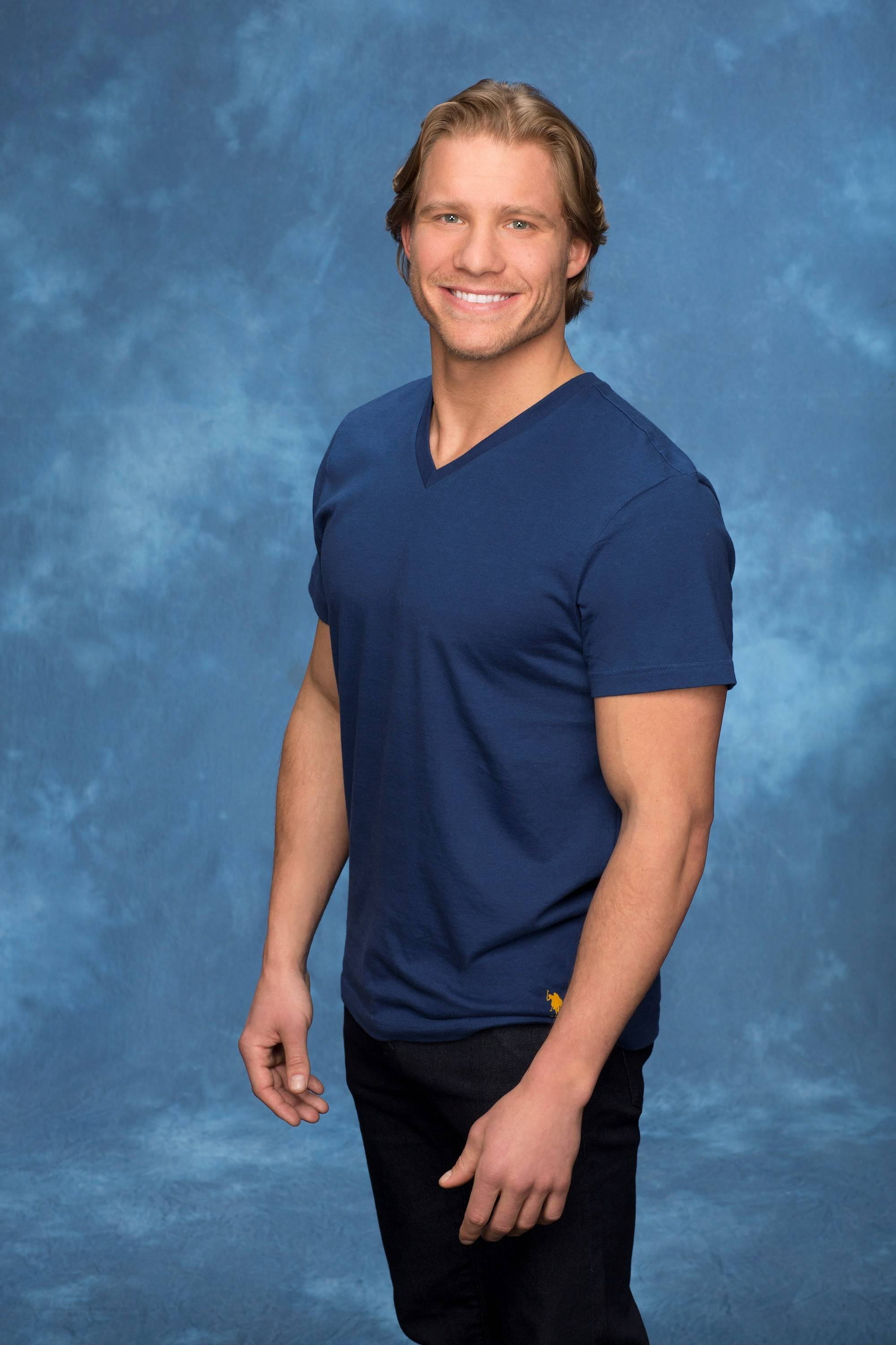 "Batavia native Clint Arlis, an architectural engineer, was kicked off ""The Bachelorette"" Monday night."