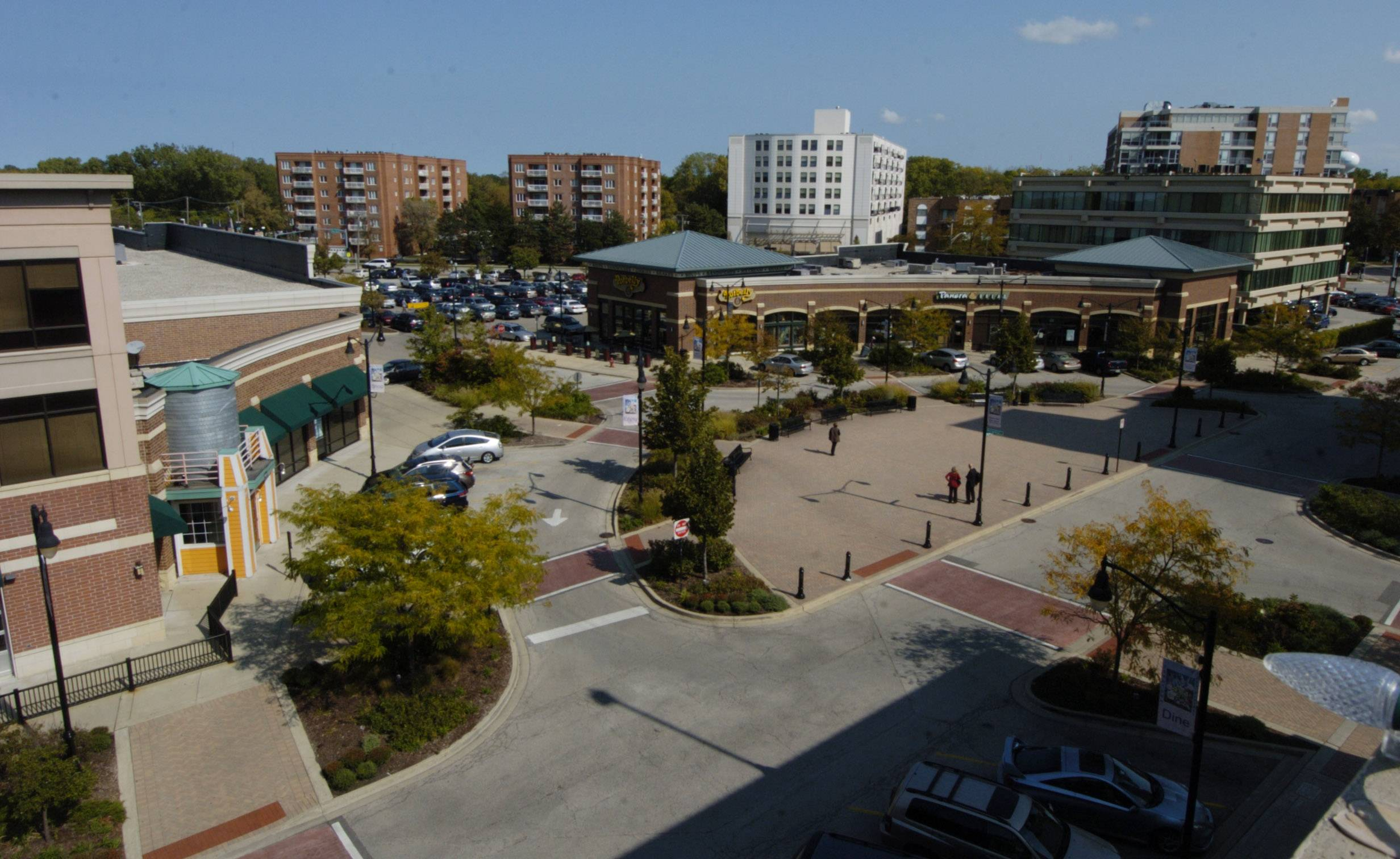 What do you want to see in Des Plaines' Metropolitan Square?