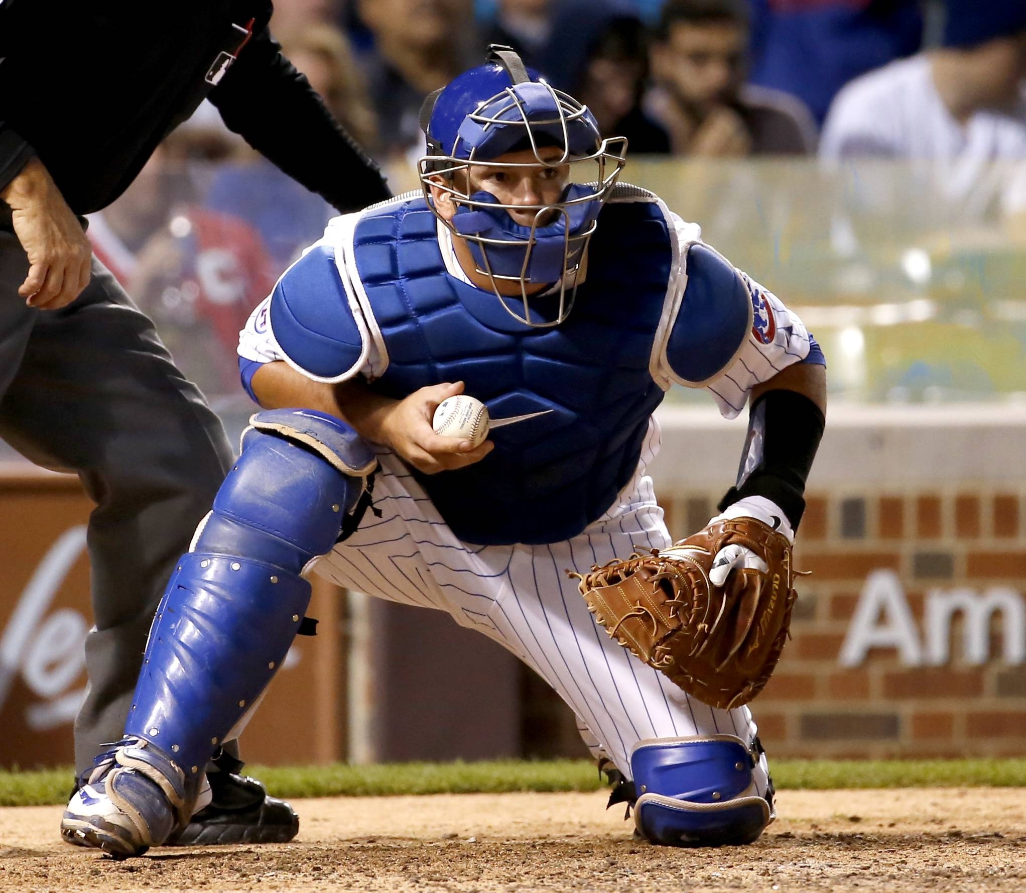 Cubs' Epstein convinced Schwarber can make it as catcher