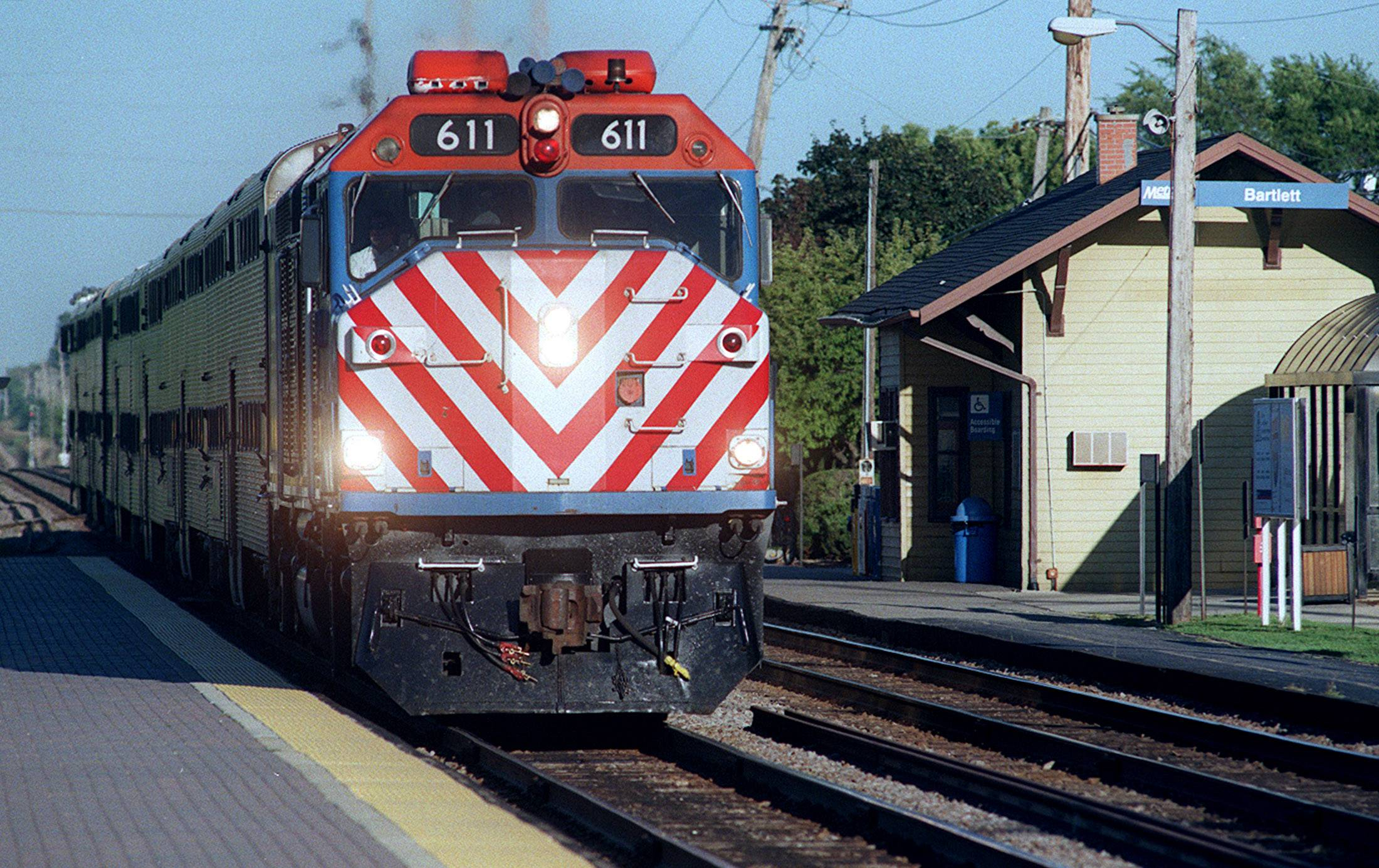 Braking deadline looms for Metra, other agencies