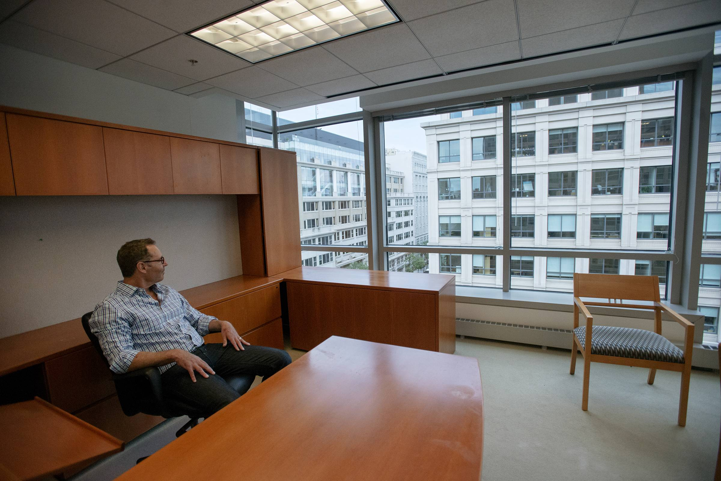 Jeff Lesk, Office Managing Partner At Nixon Peabody, Sits In His Former  Office At