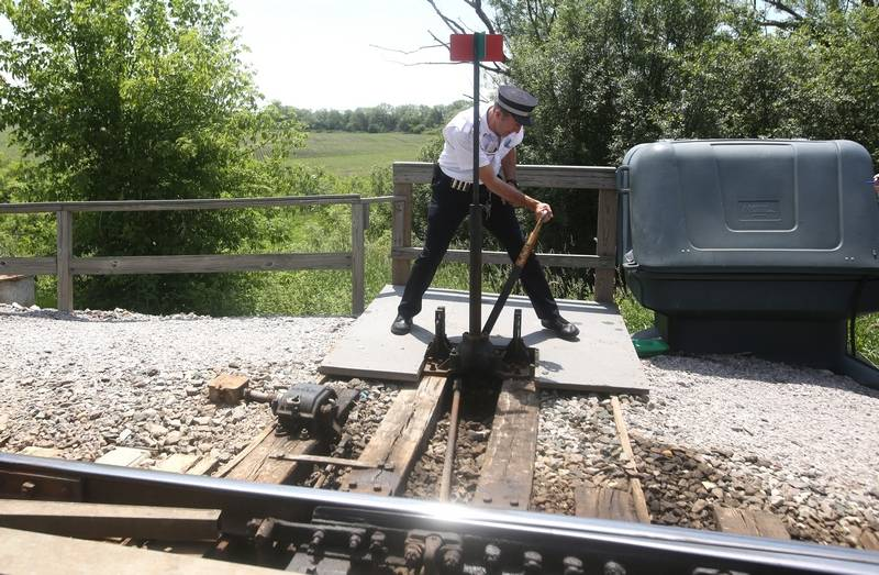 Images: Metra conductor loves his job