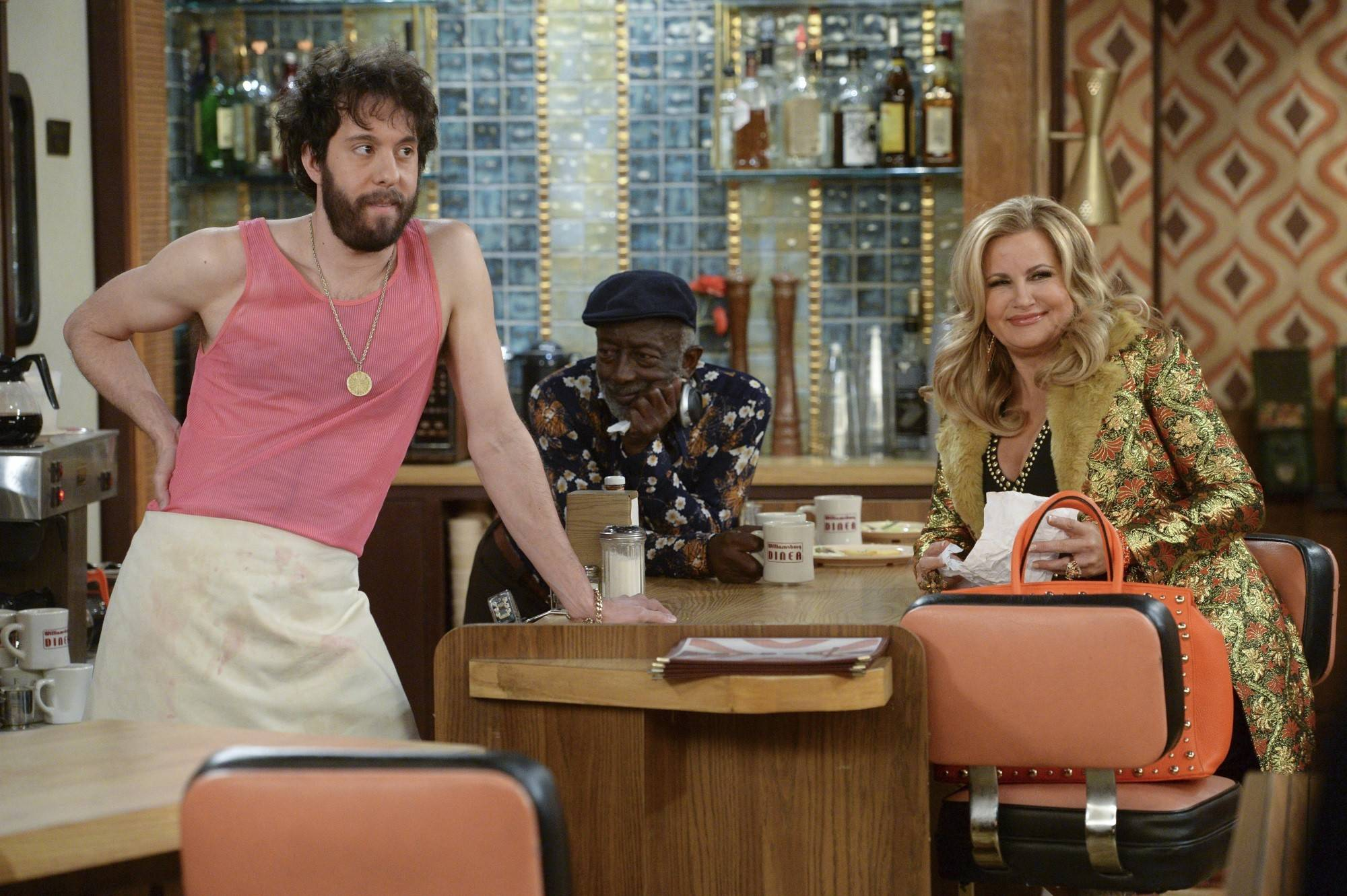'2 Broke Girls' actor learned accent in suburbs