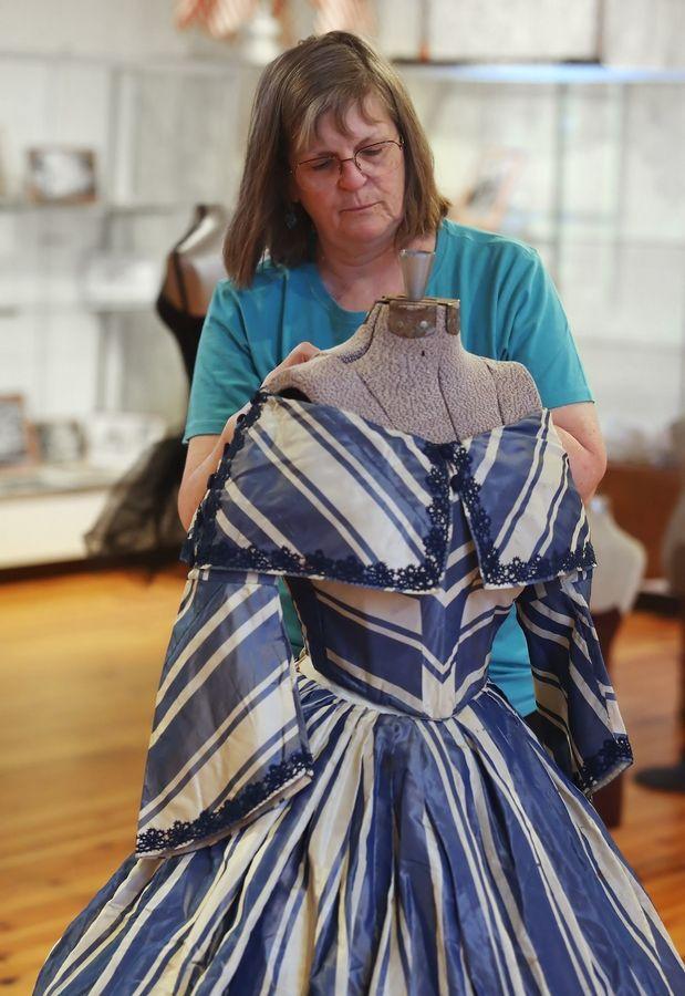 Civil War dresses coming to Antioch musem
