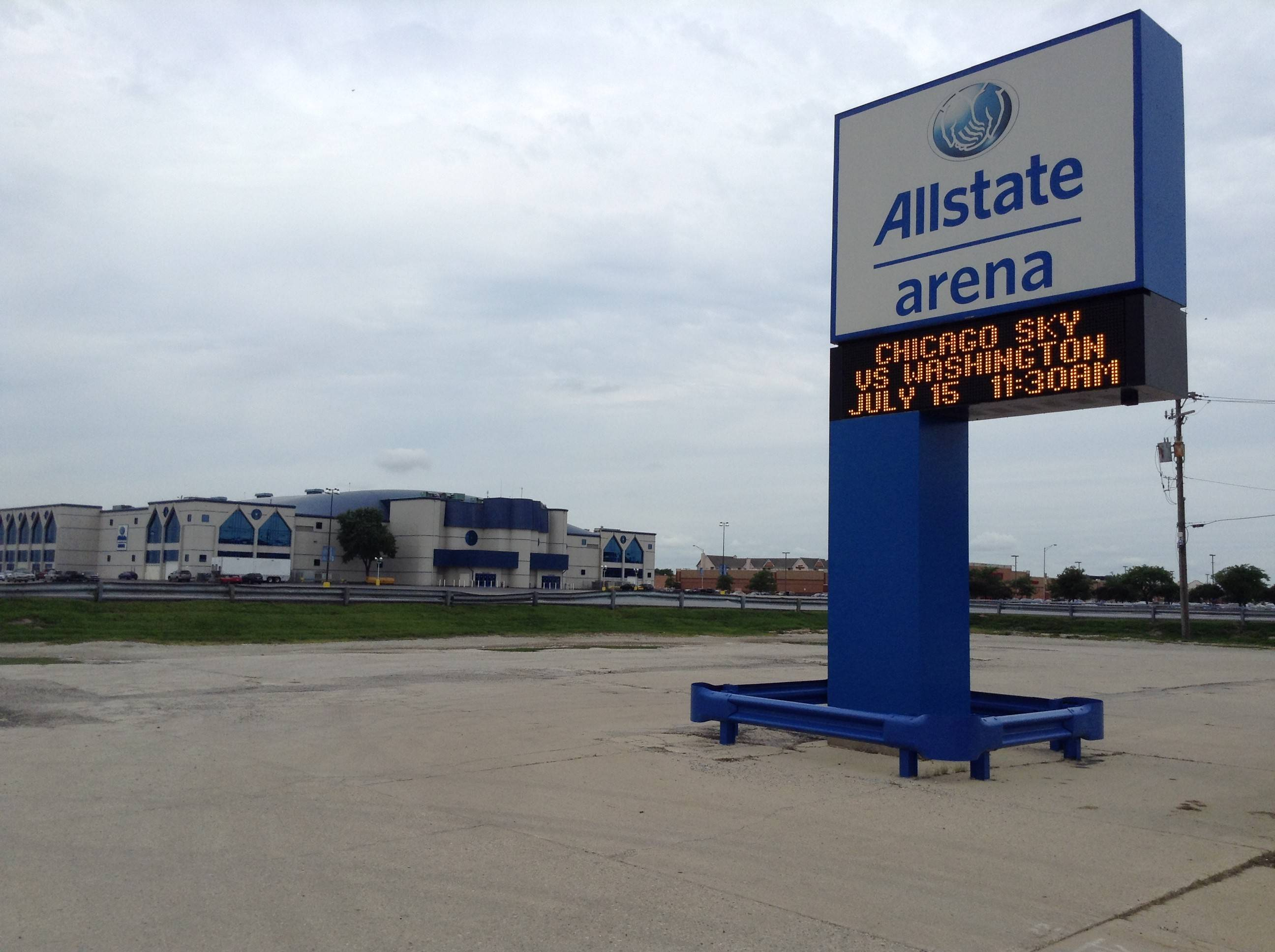 New entrance might make it easier to get in, out of Allstate Arena parking lot