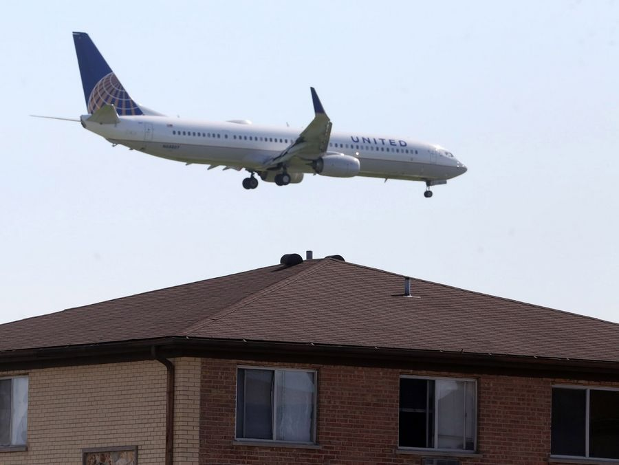 Some O'Hare planes are too close for comfort in Rosemont.