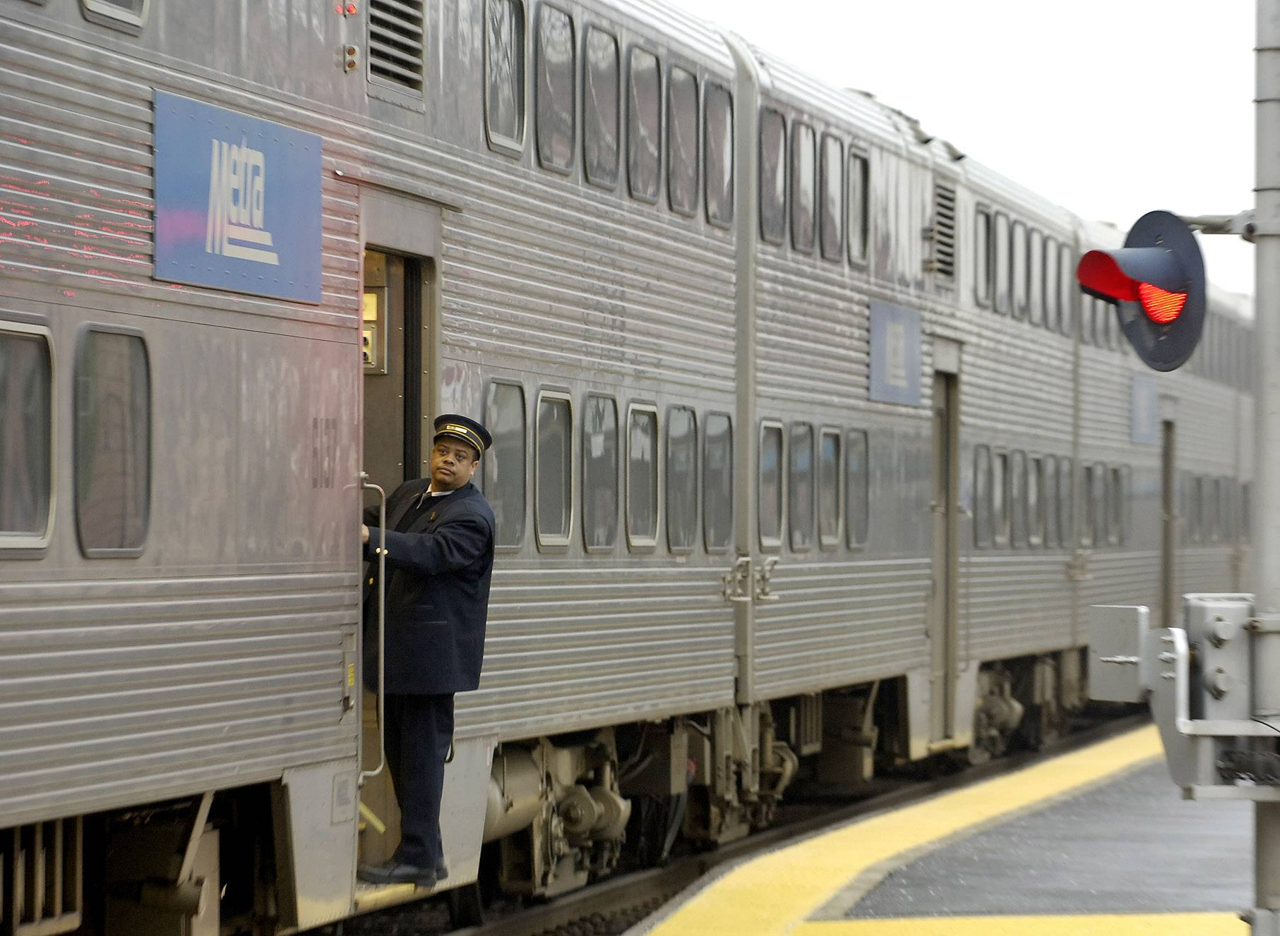 UP defends bypassing Metra's costly wind detectors in delaying trains