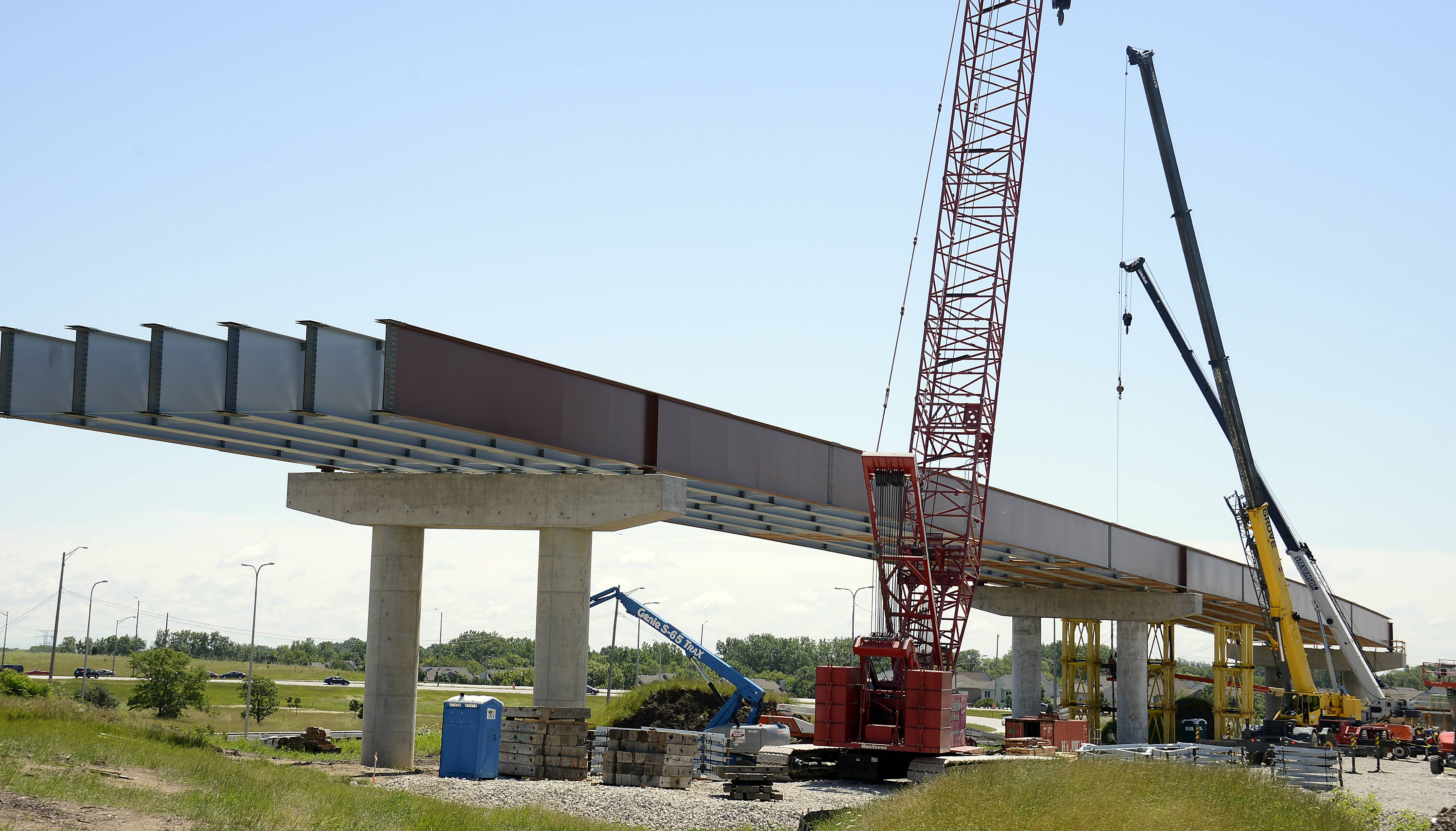 Mark Welsh/mwelsh@dailyherald.com/July 2014 Construction of new tollway ramps at I-290 and the Elgin-O'Hare Expressway has been a diversion for drivers for more than a year. Three of the ramps will open to drivers this weekend.