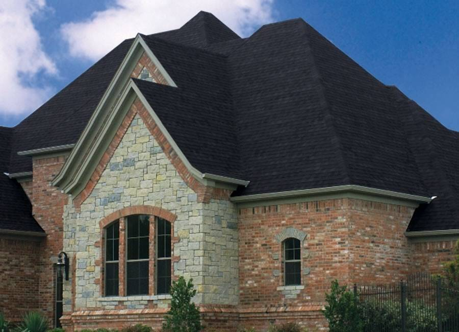 To combat algae growth, Atlas Roofing's Scotchgard system utilizes copper granules in a blend that makes up its Pristine shingles.