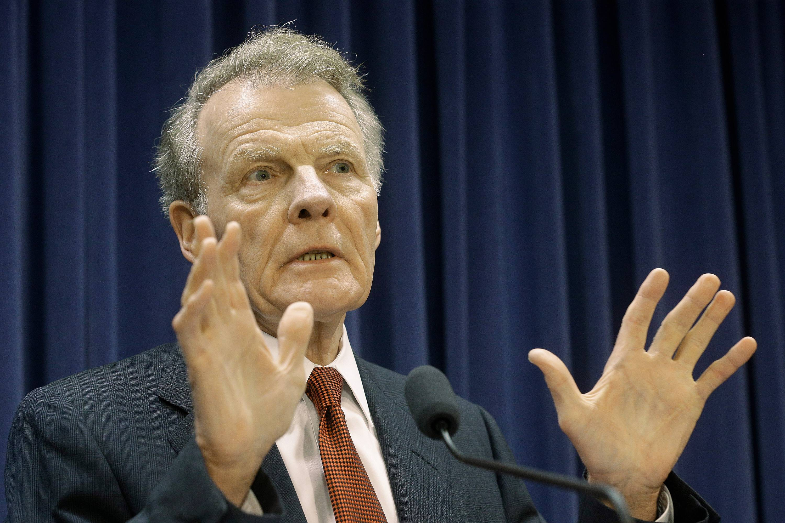 Illinois House Speaker Michael Madigan filed legislation that would block a controversial pay raise for lawmakers.