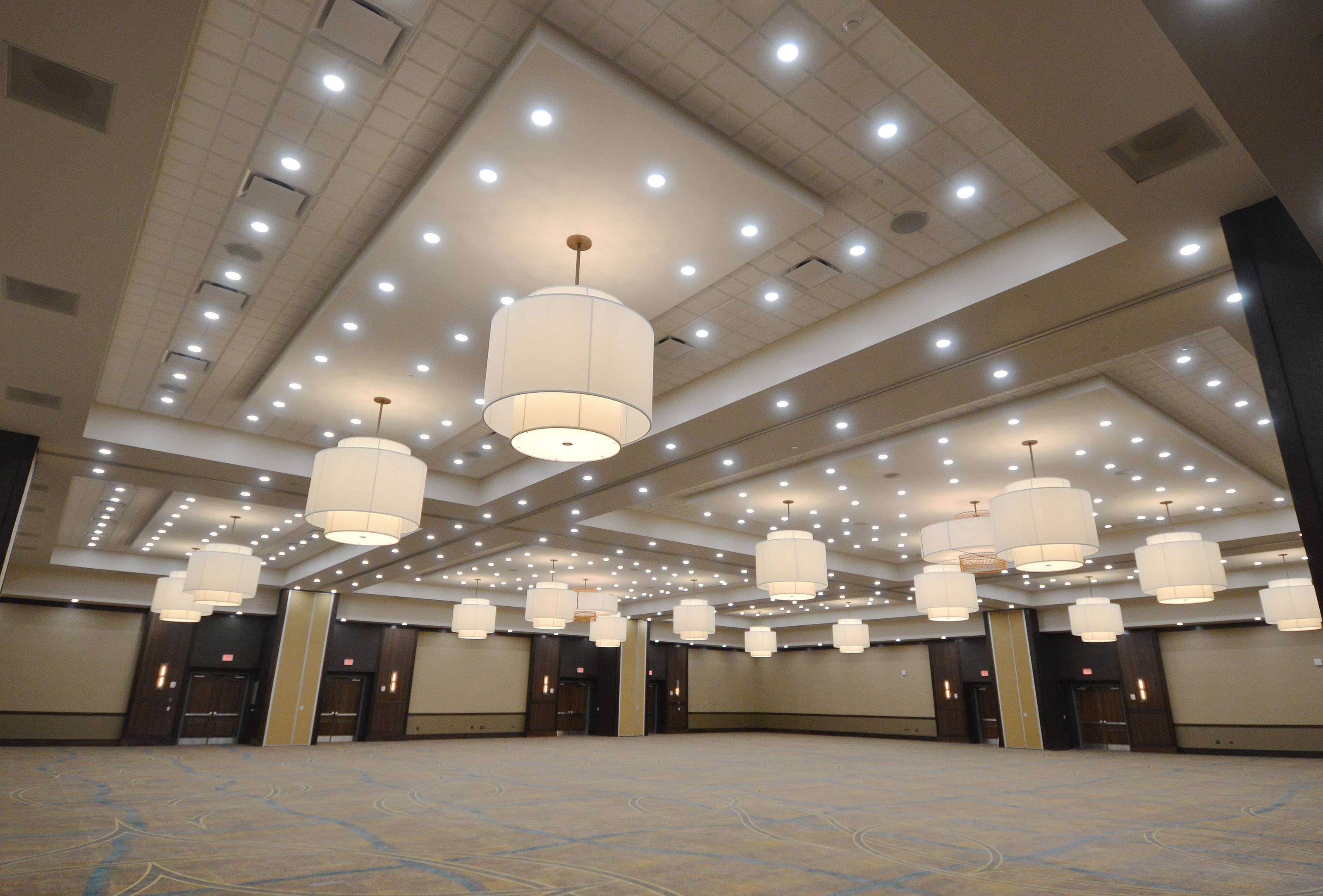 New hotel ups Naperville's banquet capacity