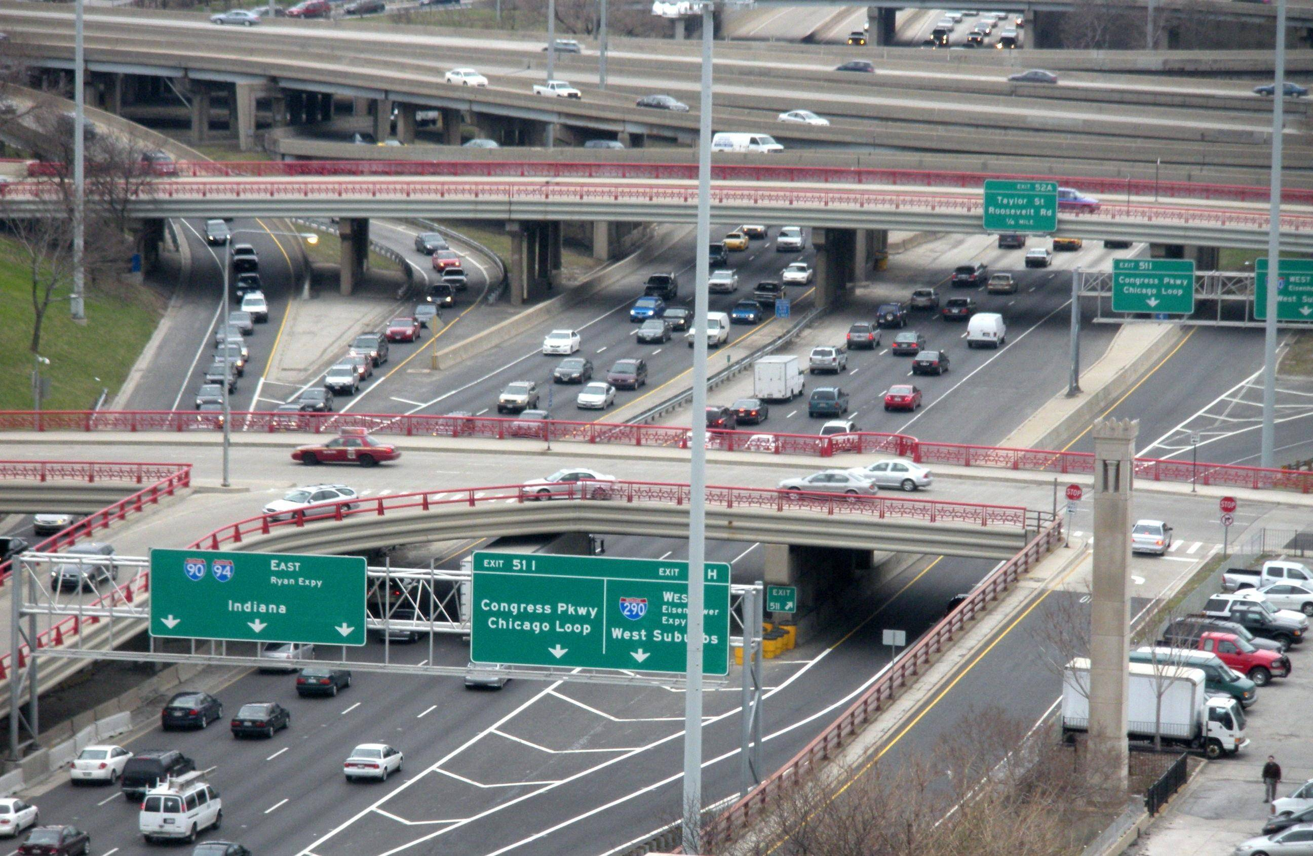 Work on a bridge as part of the Jane Byrne (Circle) Interchange reconstruction will close lanes -- and at times all lanes -- on the Kennedy and Eisenhower expressways, mostly on weekends.