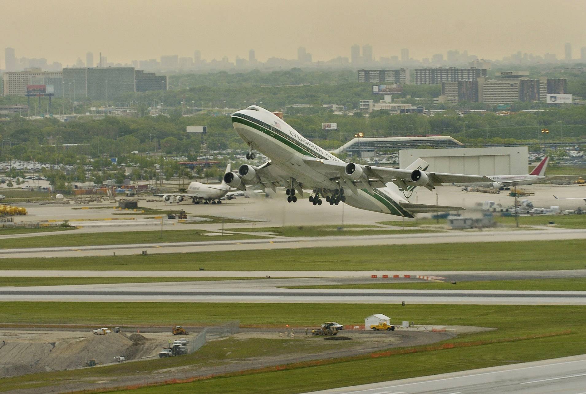 Controversial runway is gone at O'Hare