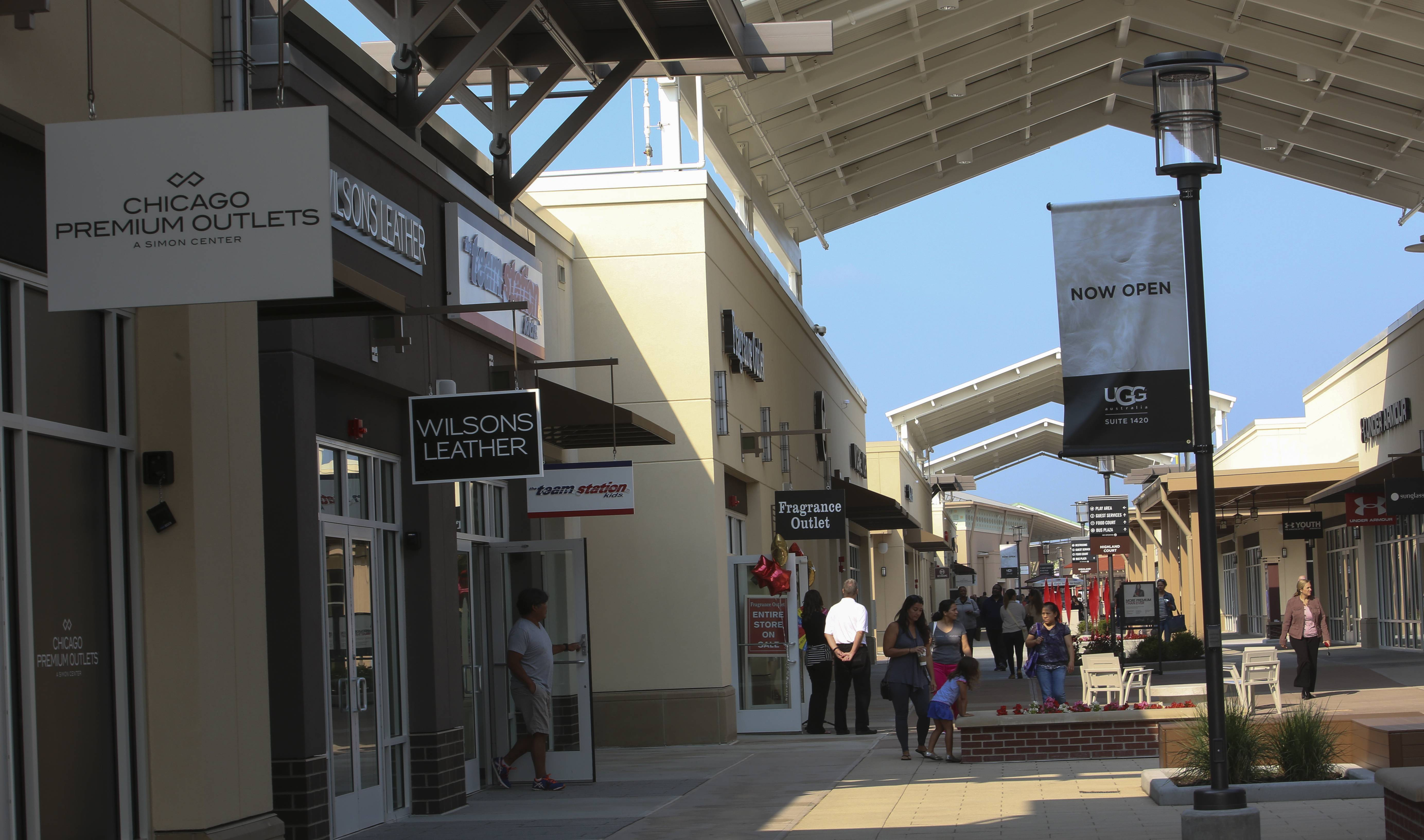 Fashion premium outlet chicago All Outlet Shopping Malls and Centres in the USA (All states)