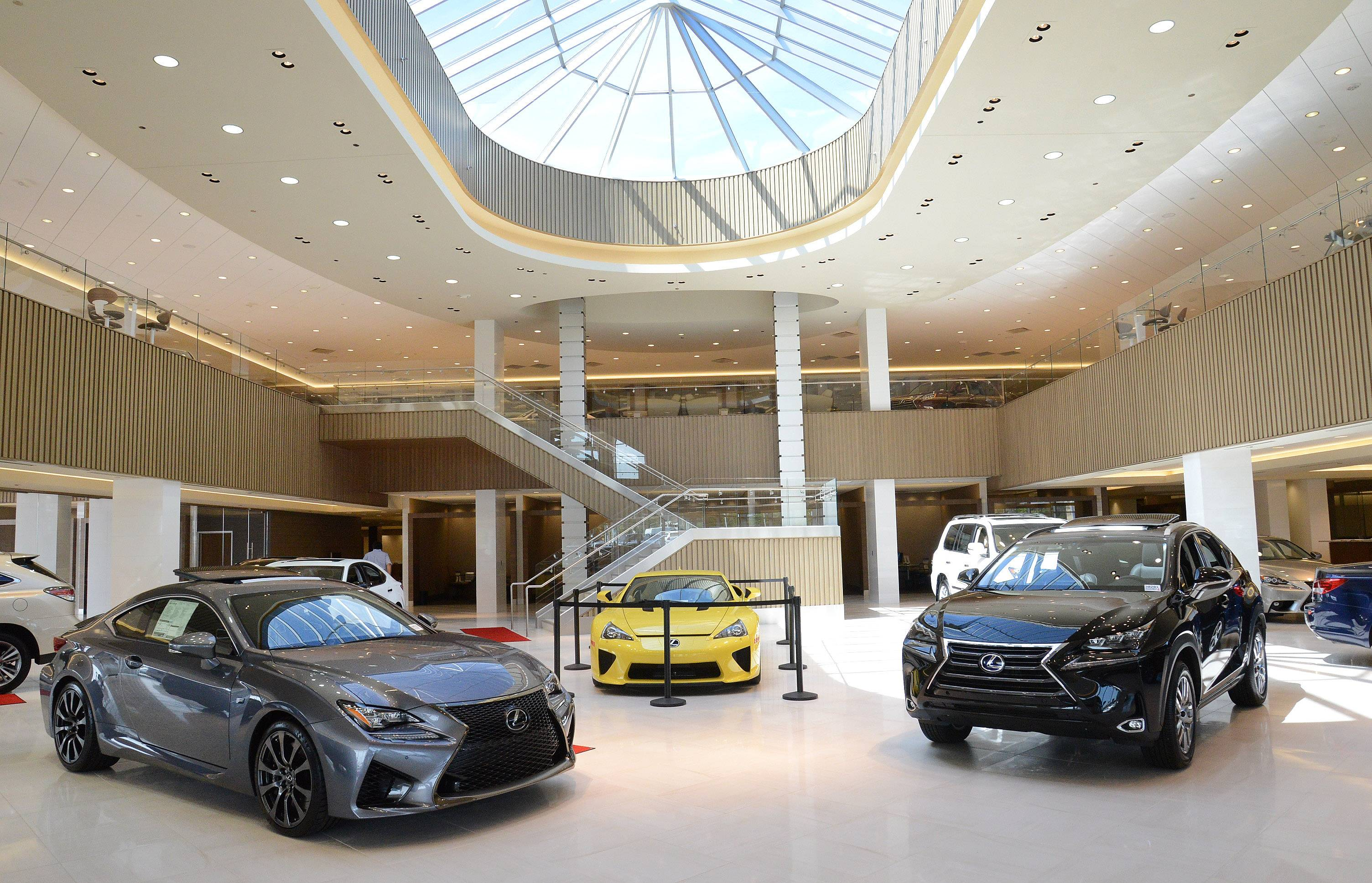 Bob Rohrman's Lexus of Arlington is the largest Lexus dealership in the nation.