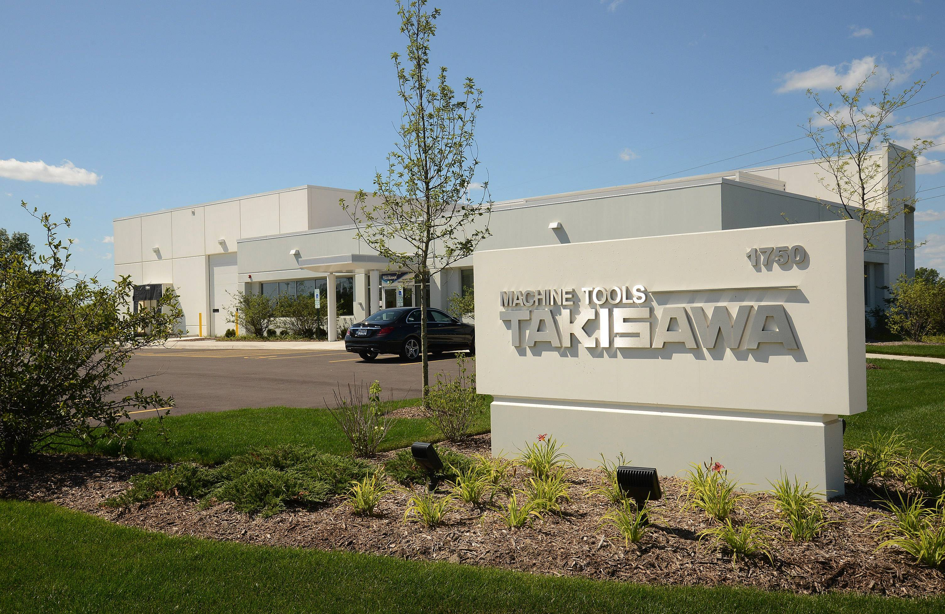 Takisawa Machine Tools is expanding in Schaumburg.
