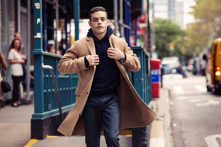 """Once I kinda got my legs under me and felt like I knew this guy [Elliot], I began to ask less questions and I wanted fewer answers,"" says ""Mr. Robot"" star Rami Malek."