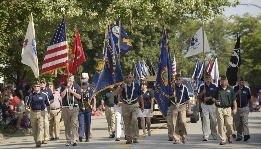 New Race Traditional Parade Highlight Labor Day In Naperville