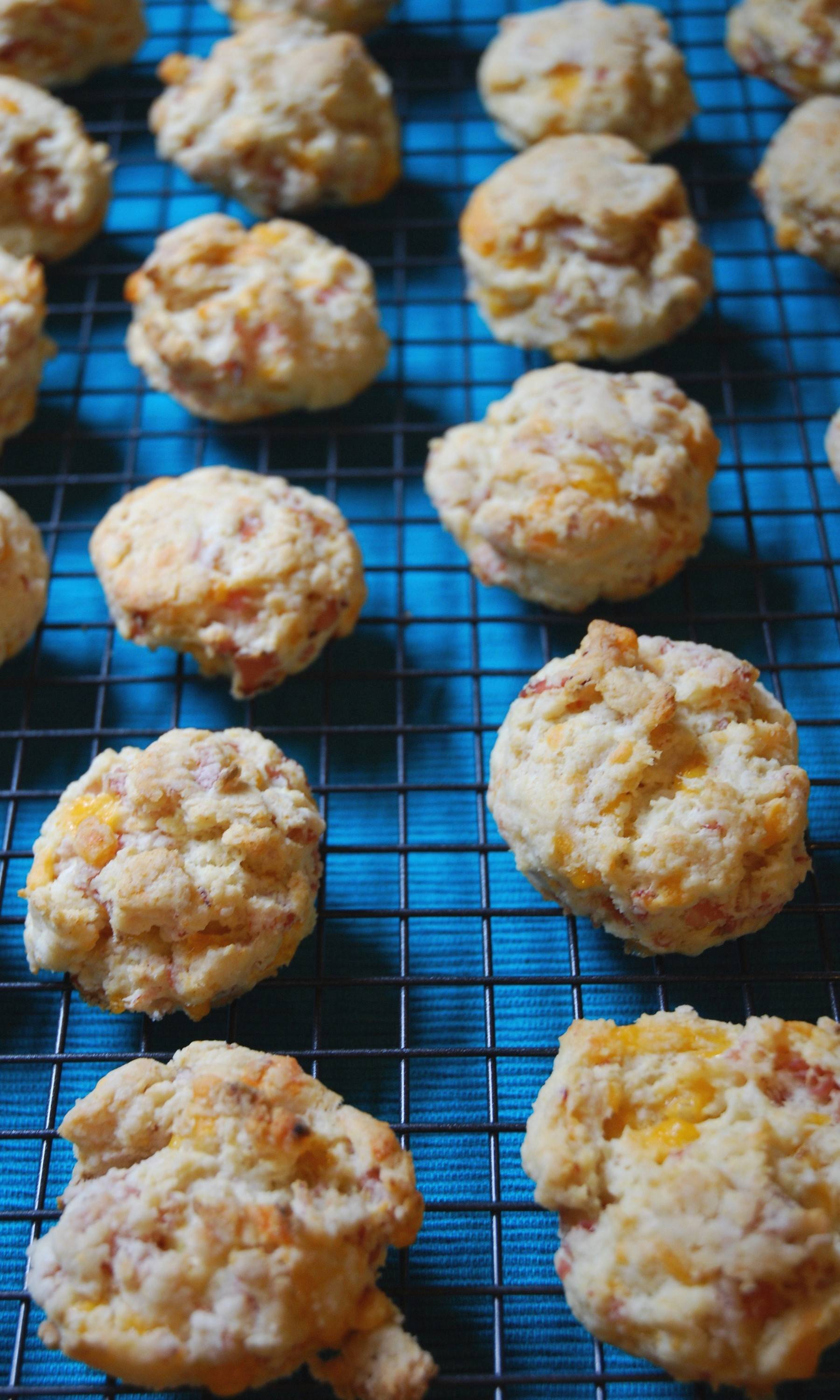 Mini biscuits that are perfect anytime of the day for your hungry crowds.